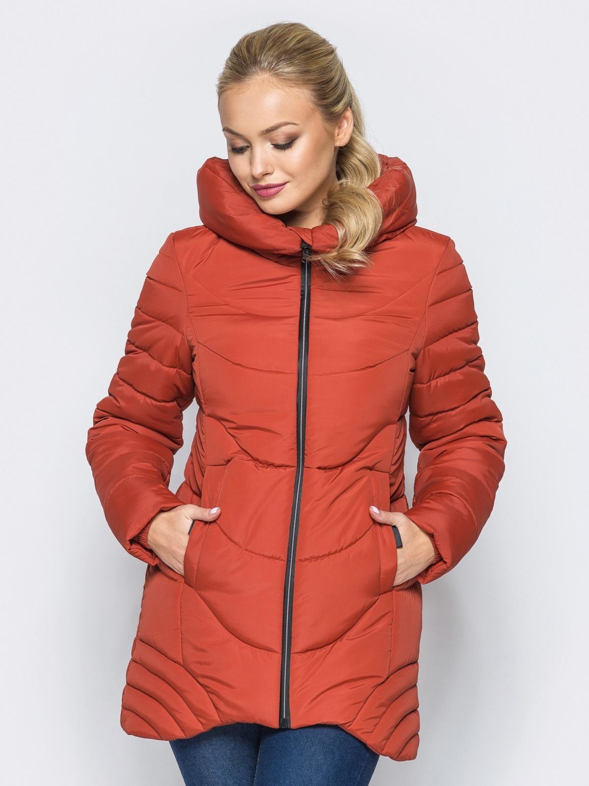 Удлиненная куртка с капюшоном и ассиметричным низом оранжевая - 16965, фото 1 – интернет-магазин Dressa