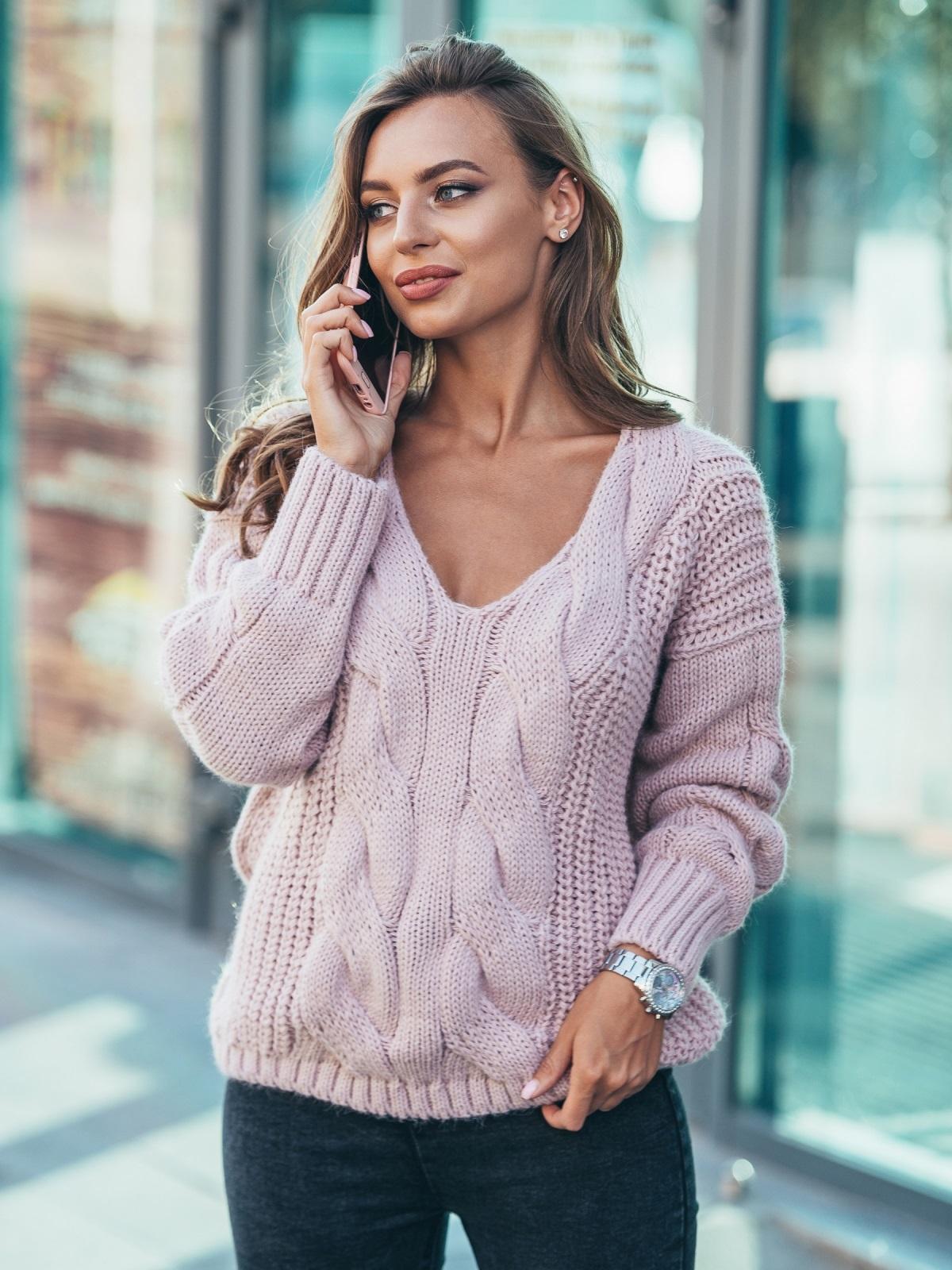 Джемпер пудрового цвета с объемными рукавами - 17035, фото 1 – интернет-магазин Dressa