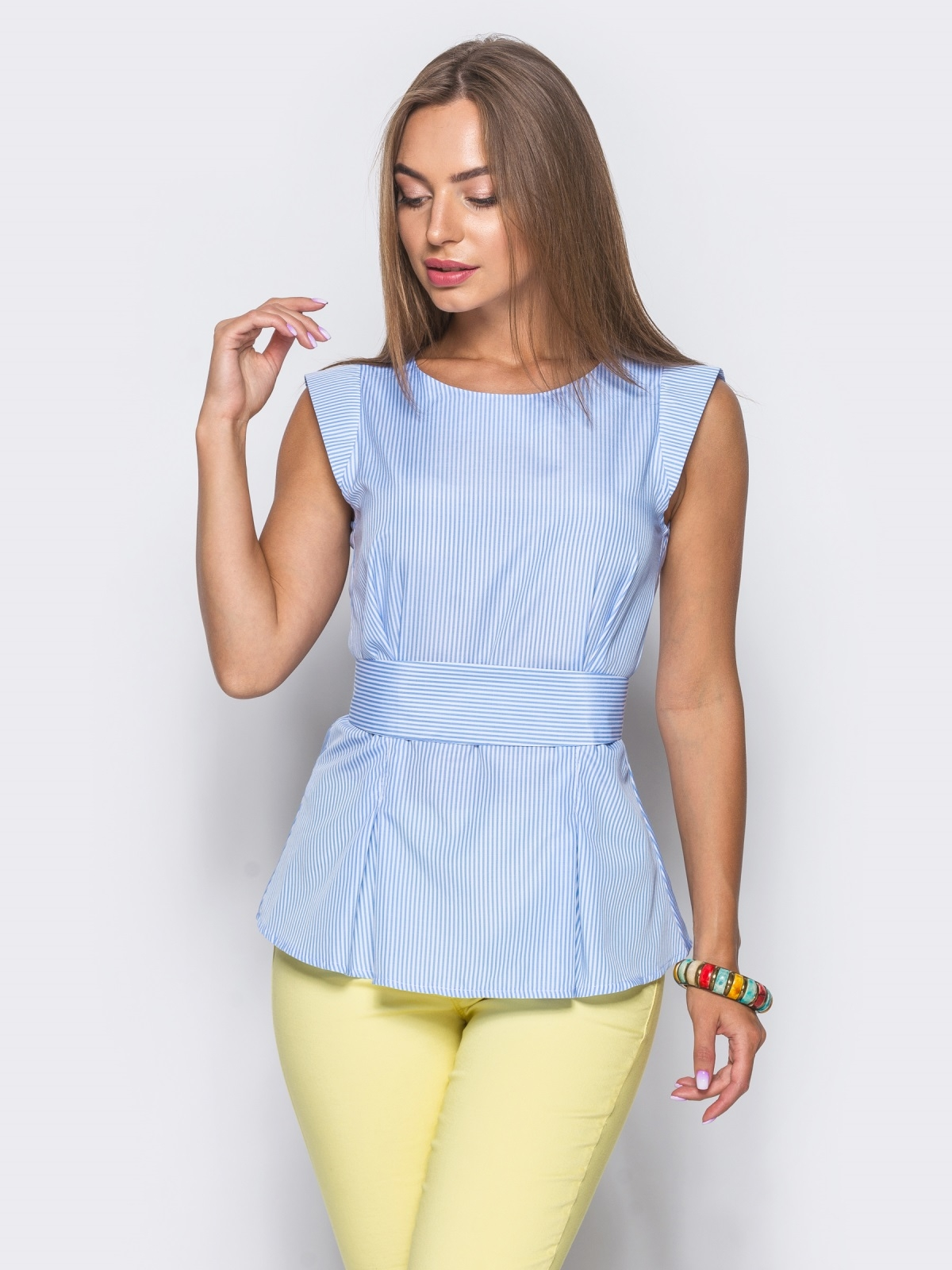 Блузка приталенного силуэта с молнией сзади голубая - 10216, фото 1 – интернет-магазин Dressa