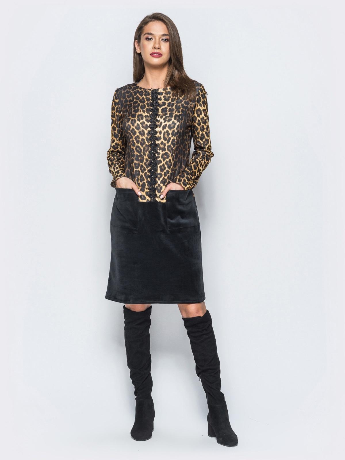 Платье с леопардовым принтом и вставкой из гипюра на полочке - 17836, фото 1 – интернет-магазин Dressa