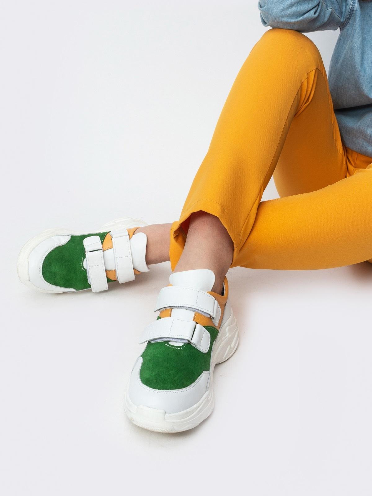 Зеленые кроссовки на липучках с контрастными вставками - 21418, фото 1 – интернет-магазин Dressa
