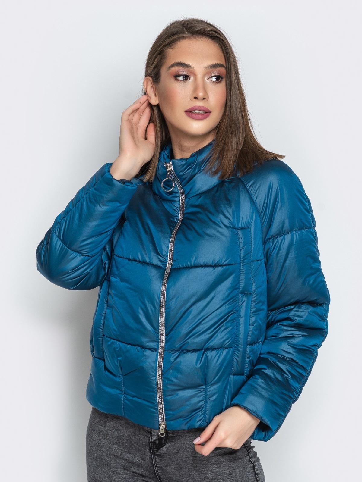 Укороченная куртка с воротником-стойкой и карманами синяя - 20308, фото 1 – интернет-магазин Dressa