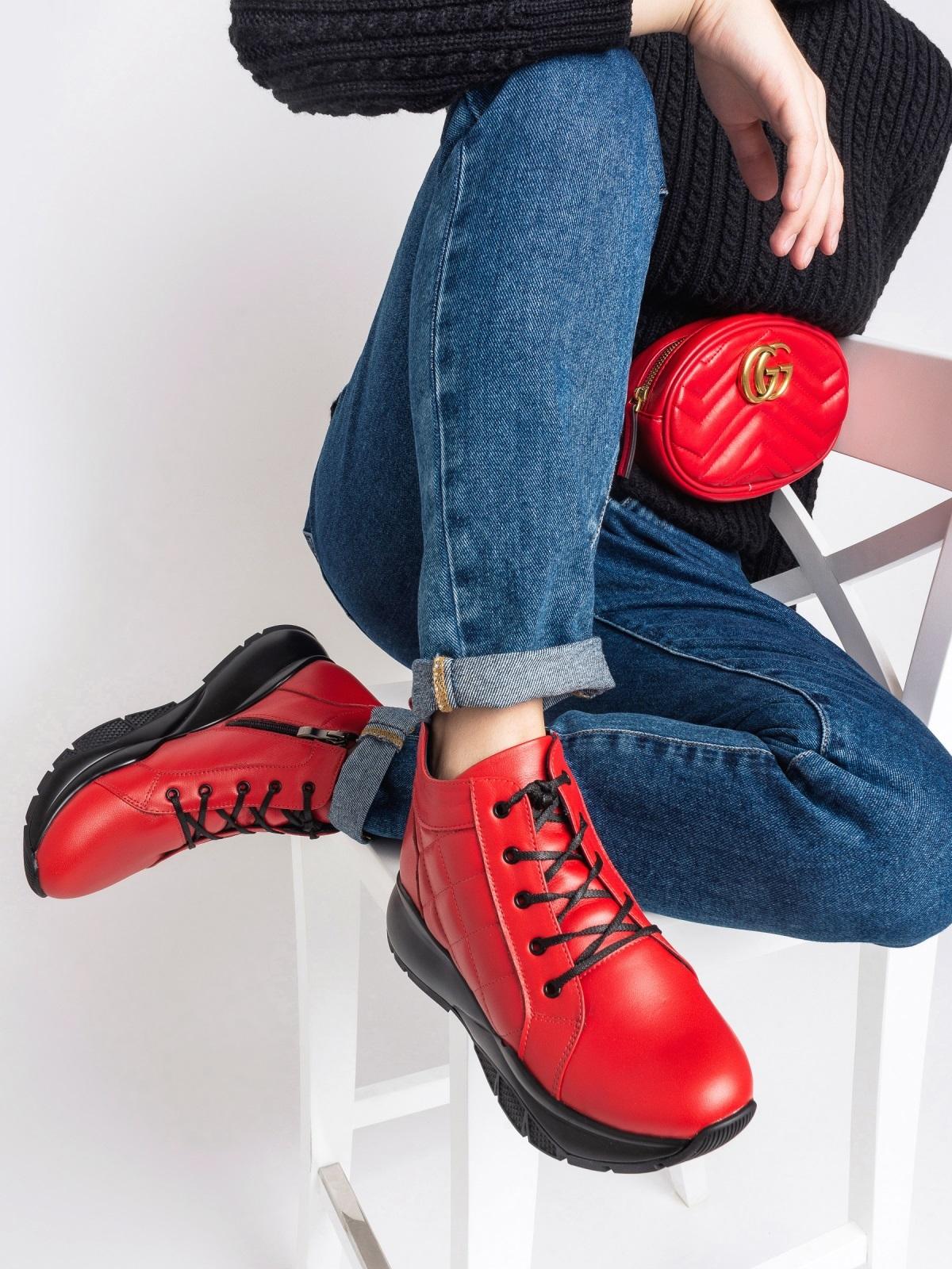 Зимние ботинки из натуральной кожи на толстой подошве красные - 41670, фото 1 – интернет-магазин Dressa