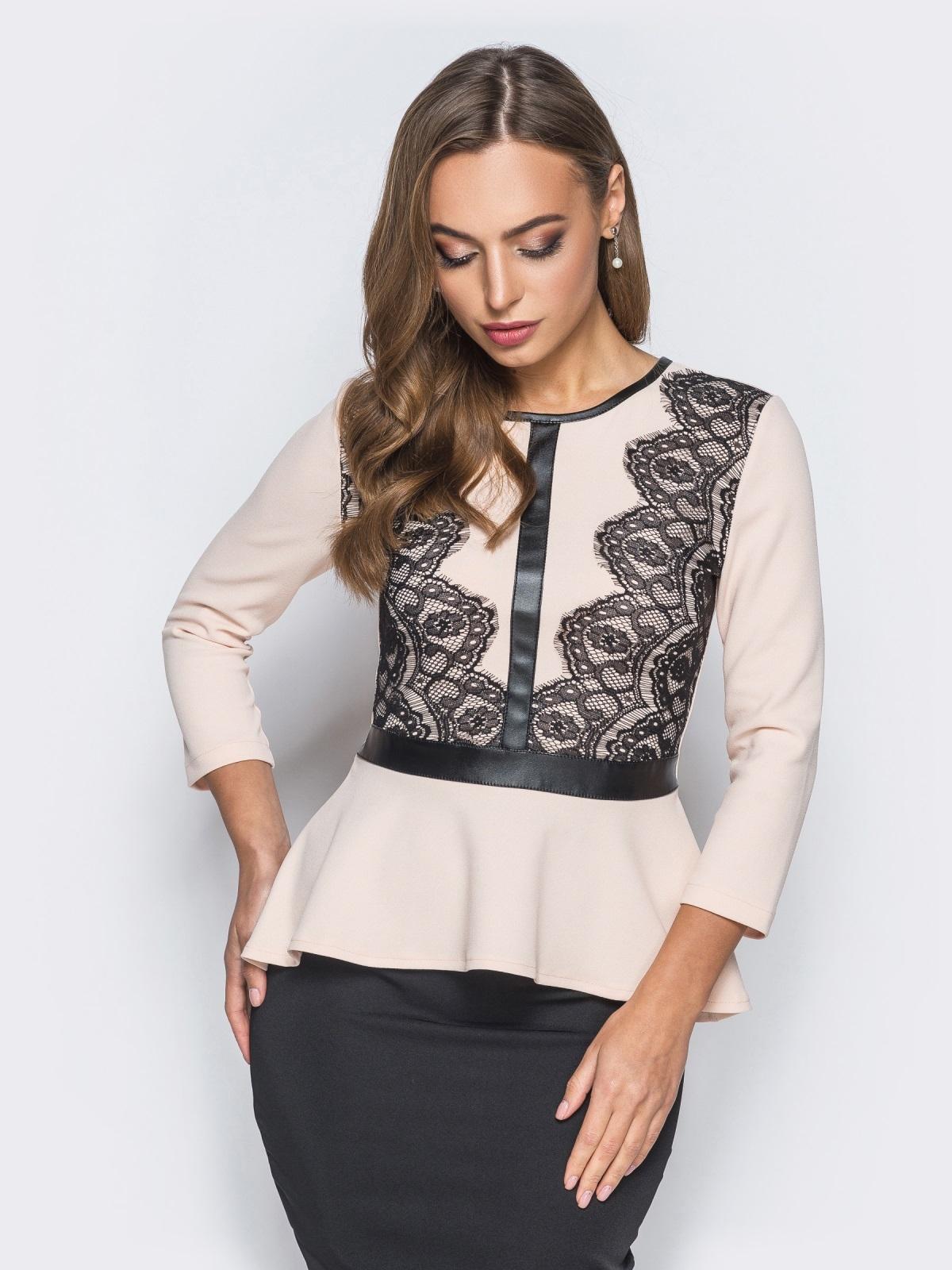 Блузка с баской и кожаной вставкой бежевая - 18070, фото 1 – интернет-магазин Dressa
