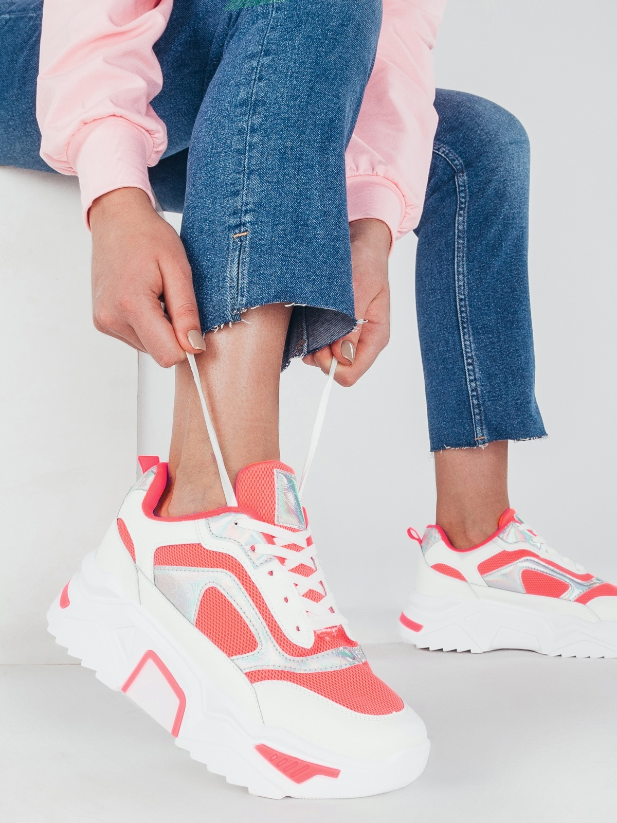 Розовые кроссовки на массивной подошве 51382, фото 1