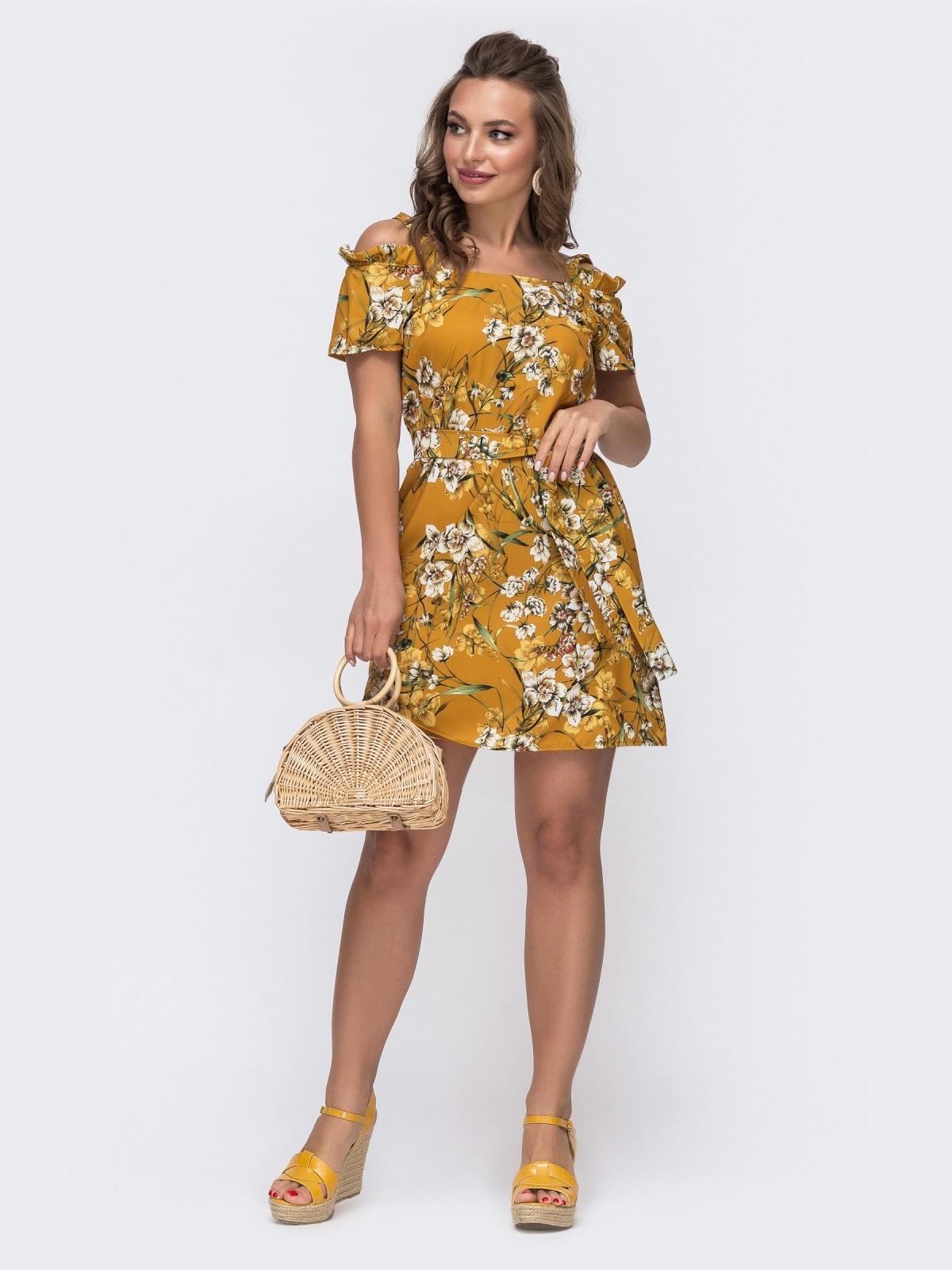 Желтое платье свободного кроя с принтом и открытыми плечами 48584, фото 1