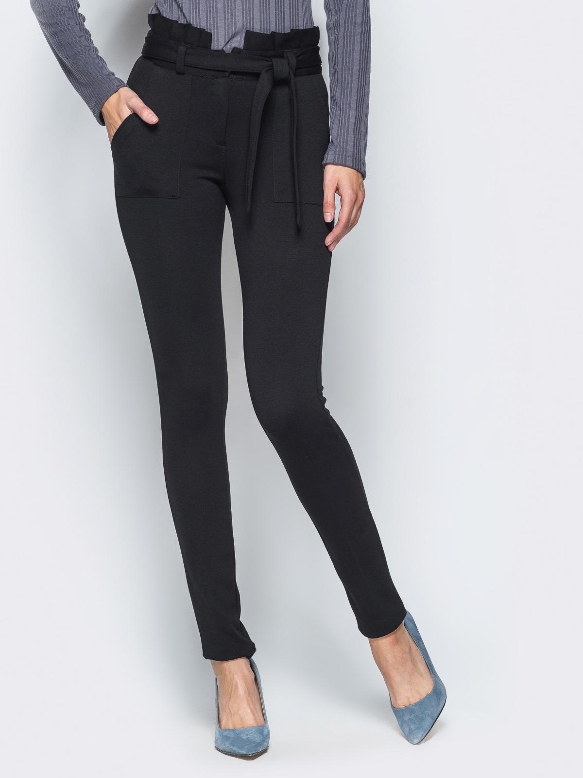 Зауженные брюки черного цвета на флисе - 17743, фото 1 – интернет-магазин Dressa