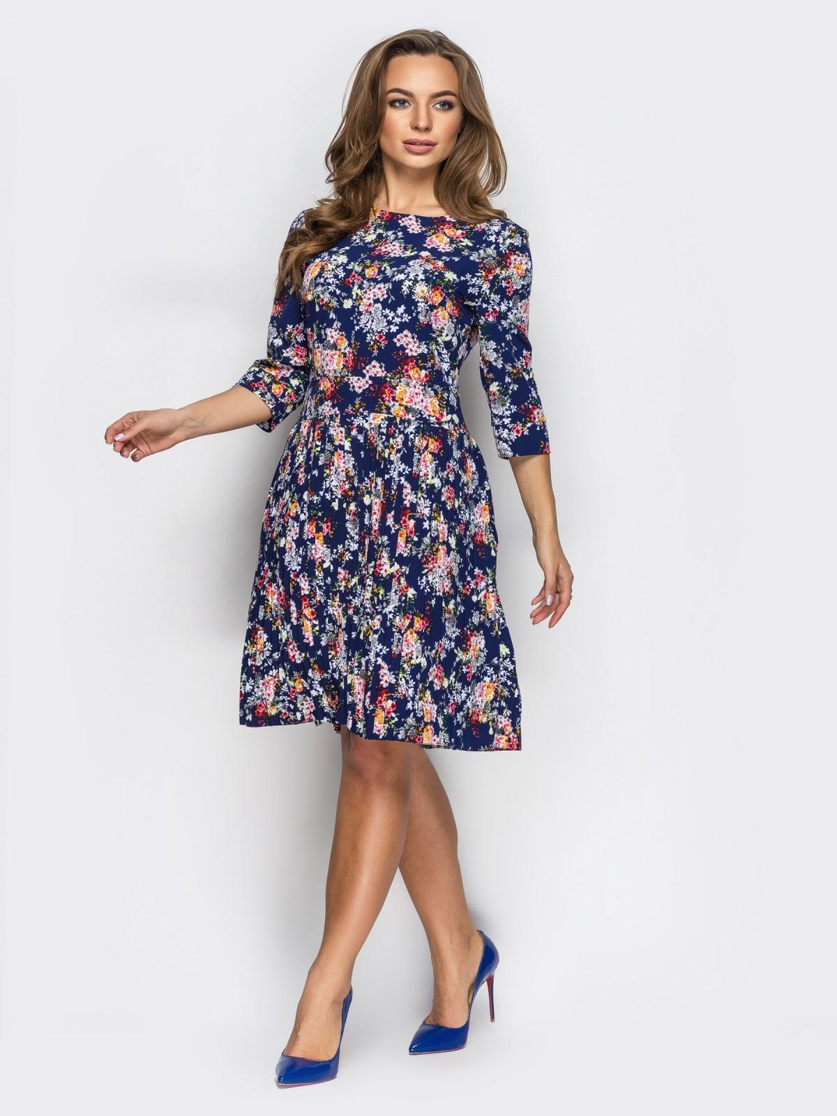 Платье в цветочный принт с юбкой-плиссе - 13610, фото 1 – интернет-магазин Dressa