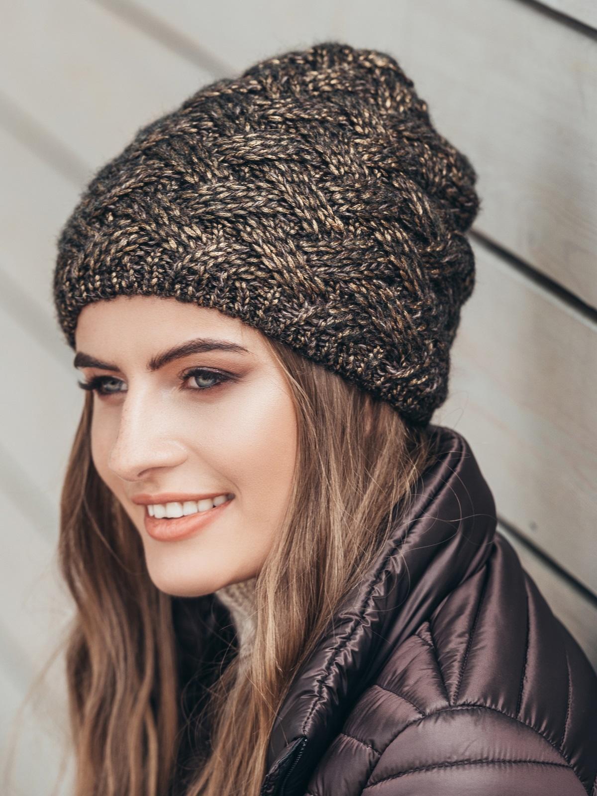 Коричневая шапка с флисовой подкладкой - 15585, фото 1 – интернет-магазин Dressa