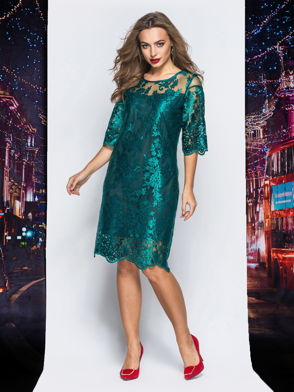 Гипюровое платье зелёного цвета с рукавами-воланами - 17977, фото 1 –  интернет- 140c1baf83e