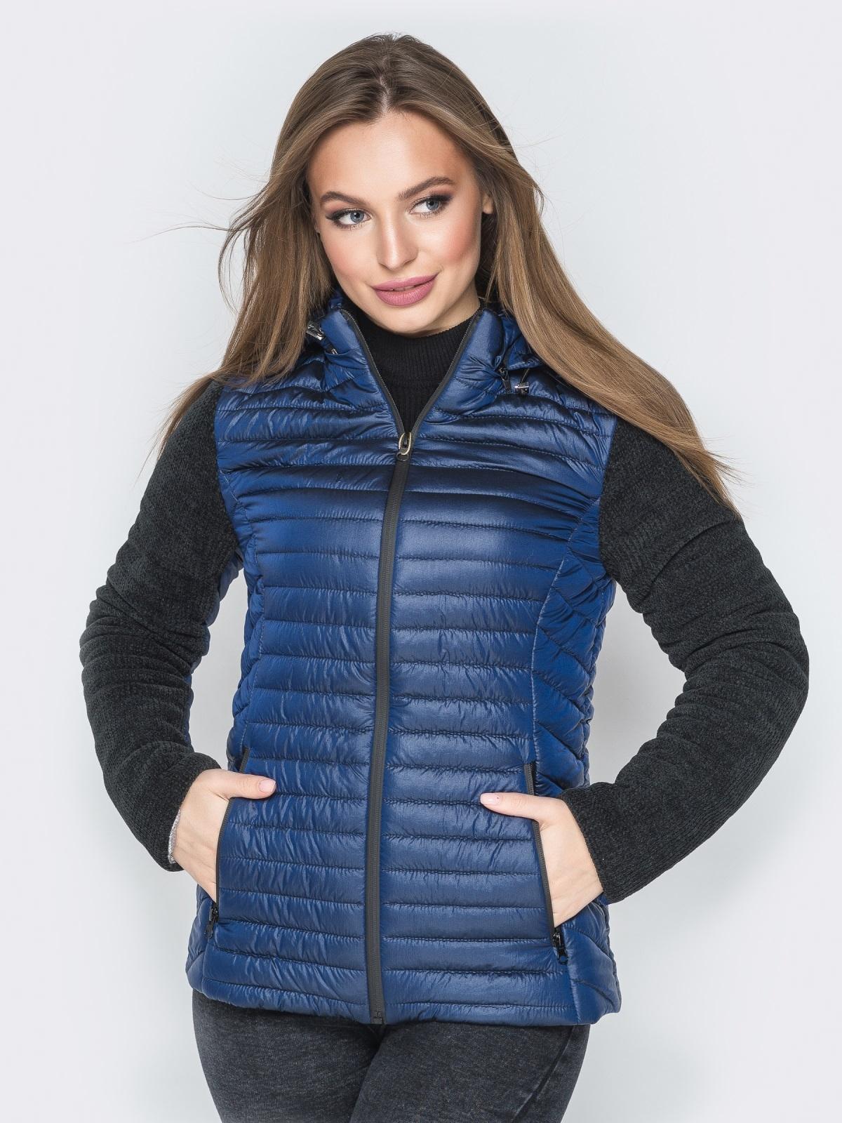 Синяя куртка с капюшоном на кулиске и велюровыми рукавами - 20287, фото 1 – интернет-магазин Dressa