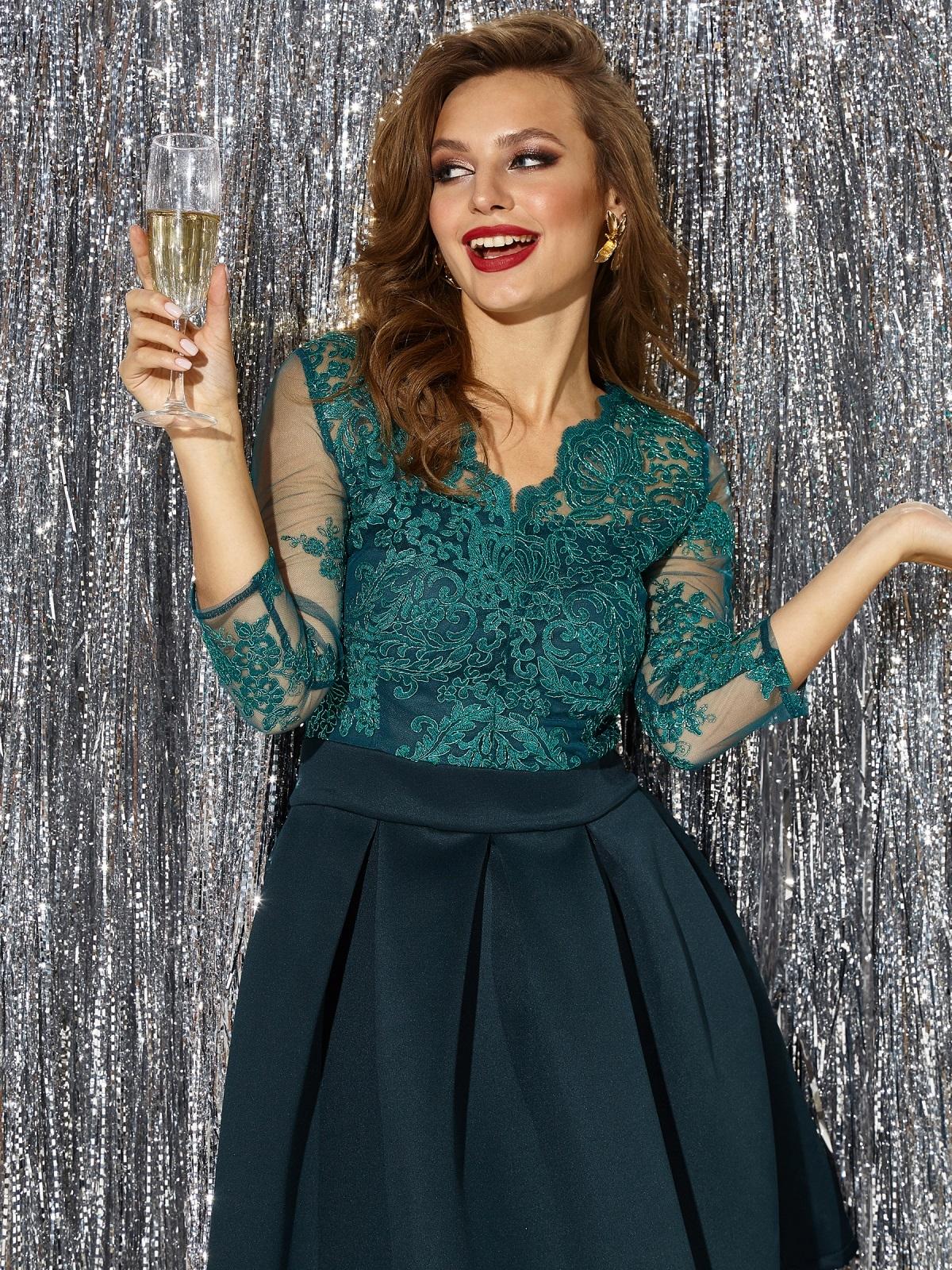 Платье с кружевным верхом и расклешенной юбкой зеленое 42892, фото 1