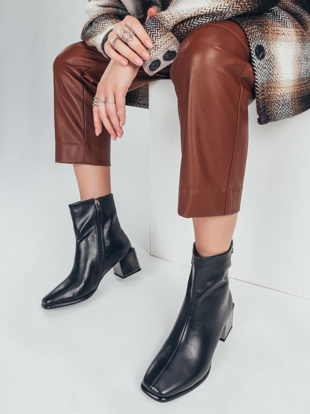 Осенние ботинки на устойчивом каблуке черные 51216, фото 1