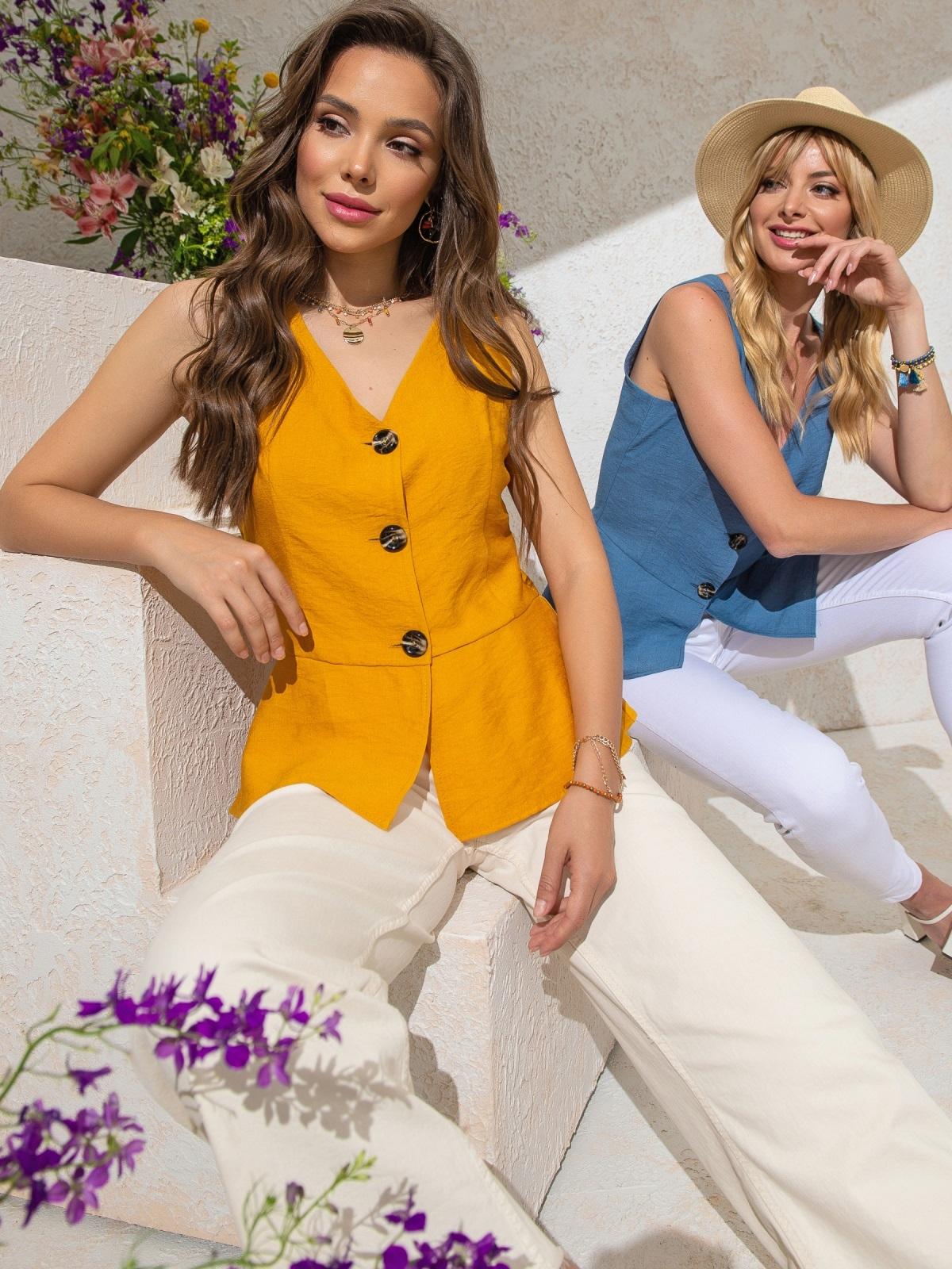 Желтый топ с баской и вырезом по спинке - 49164, фото 1 – интернет-магазин Dressa