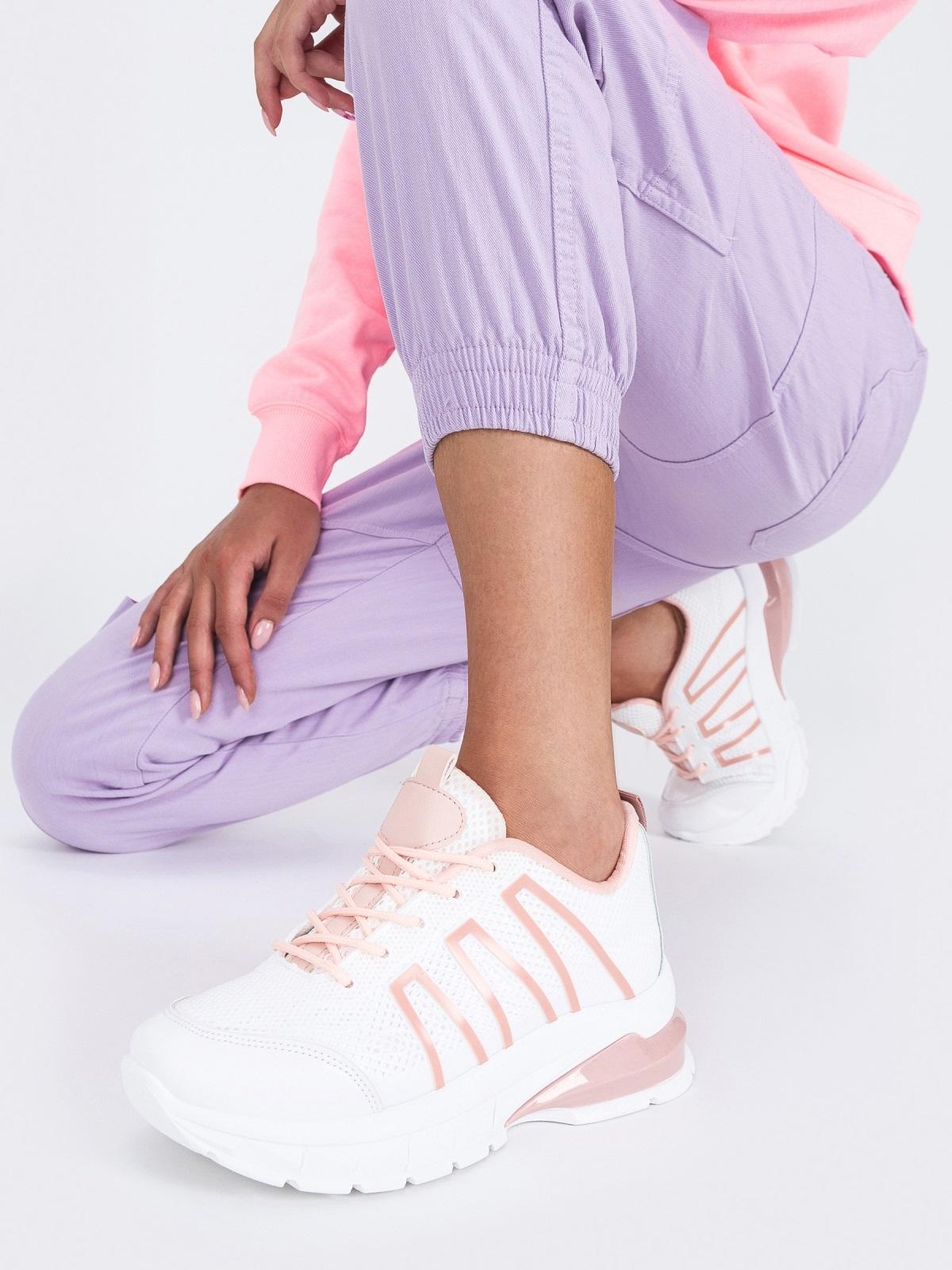 Белые кроссовки из искусственного материала - 45979, фото 1 – интернет-магазин Dressa