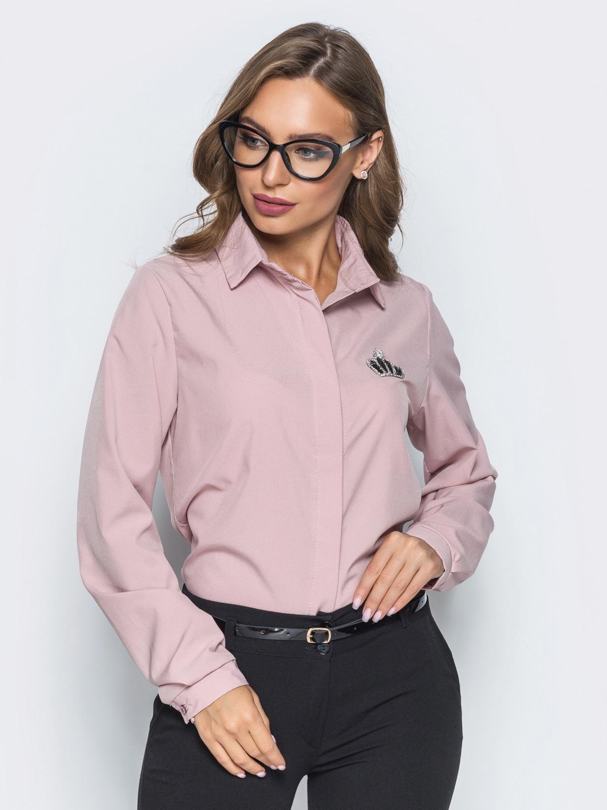 Классическая пудровая блузка с накаткой из страз - 14100, фото 2 – интернет-магазин Dressa