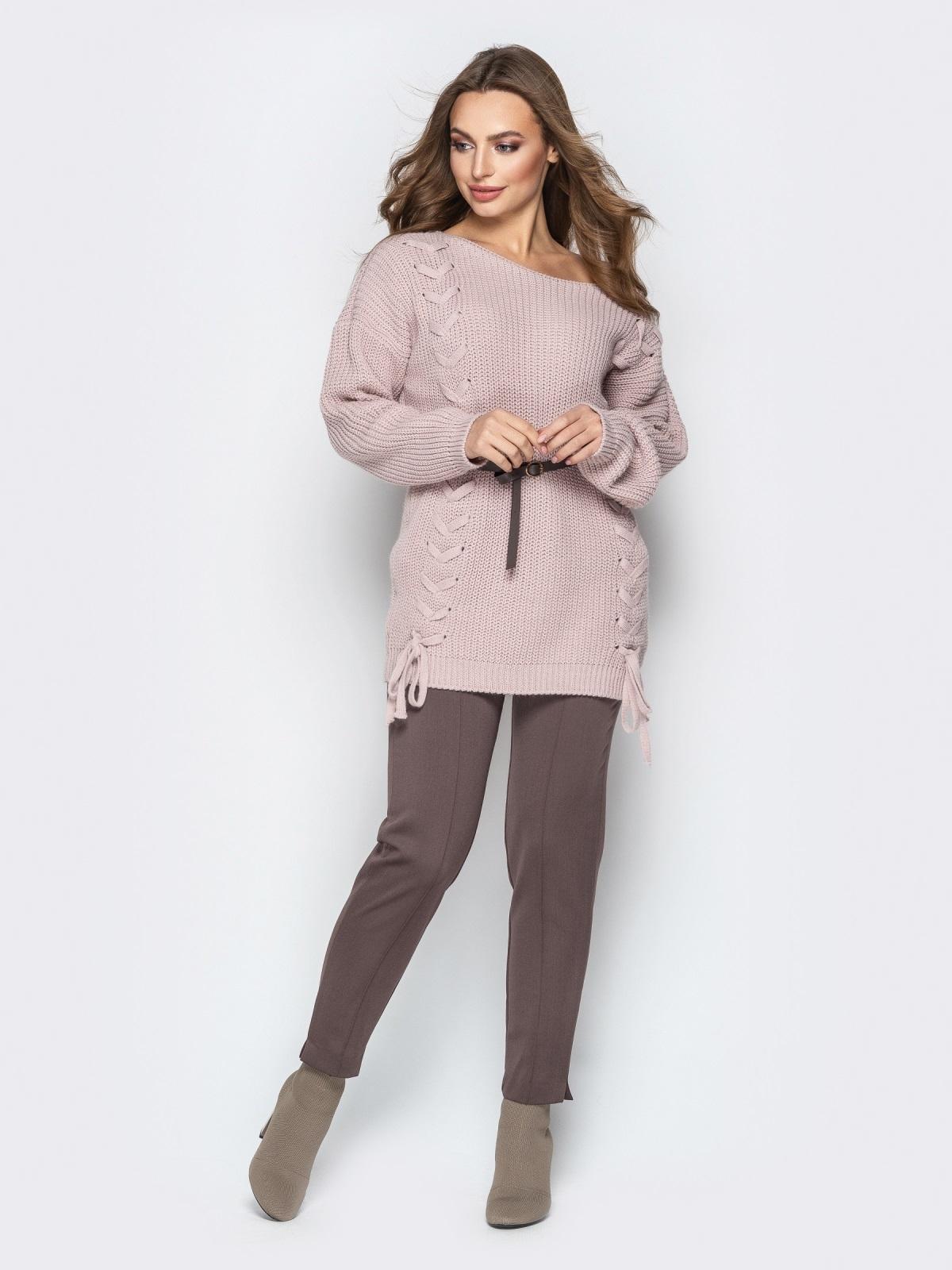 Розовый свитер oversize с прошитыми косами спереди - 20139, фото 1 – интернет-магазин Dressa