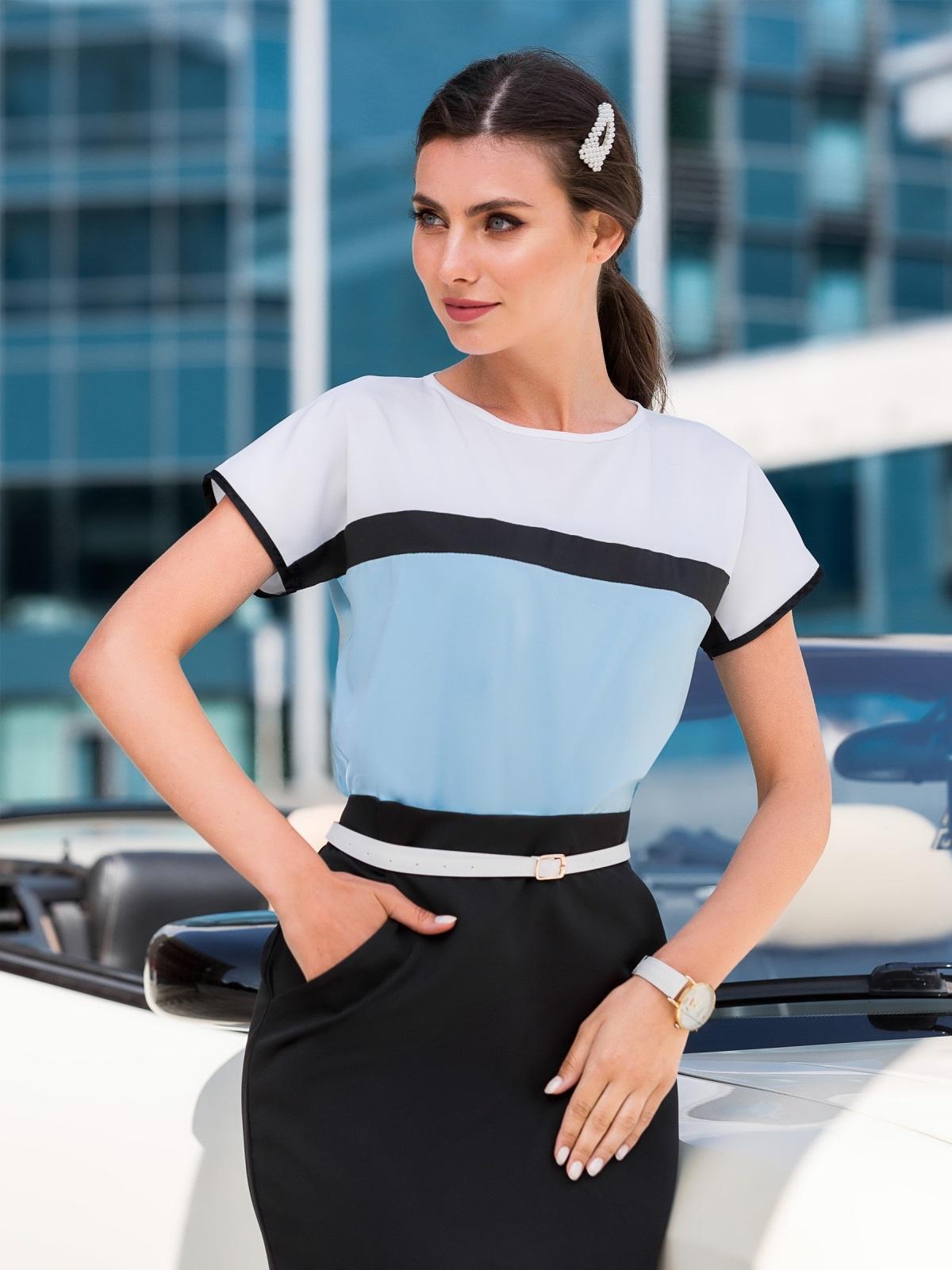 Голубая блузка свободного кроя со вставками - 39823, фото 1 – интернет-магазин Dressa