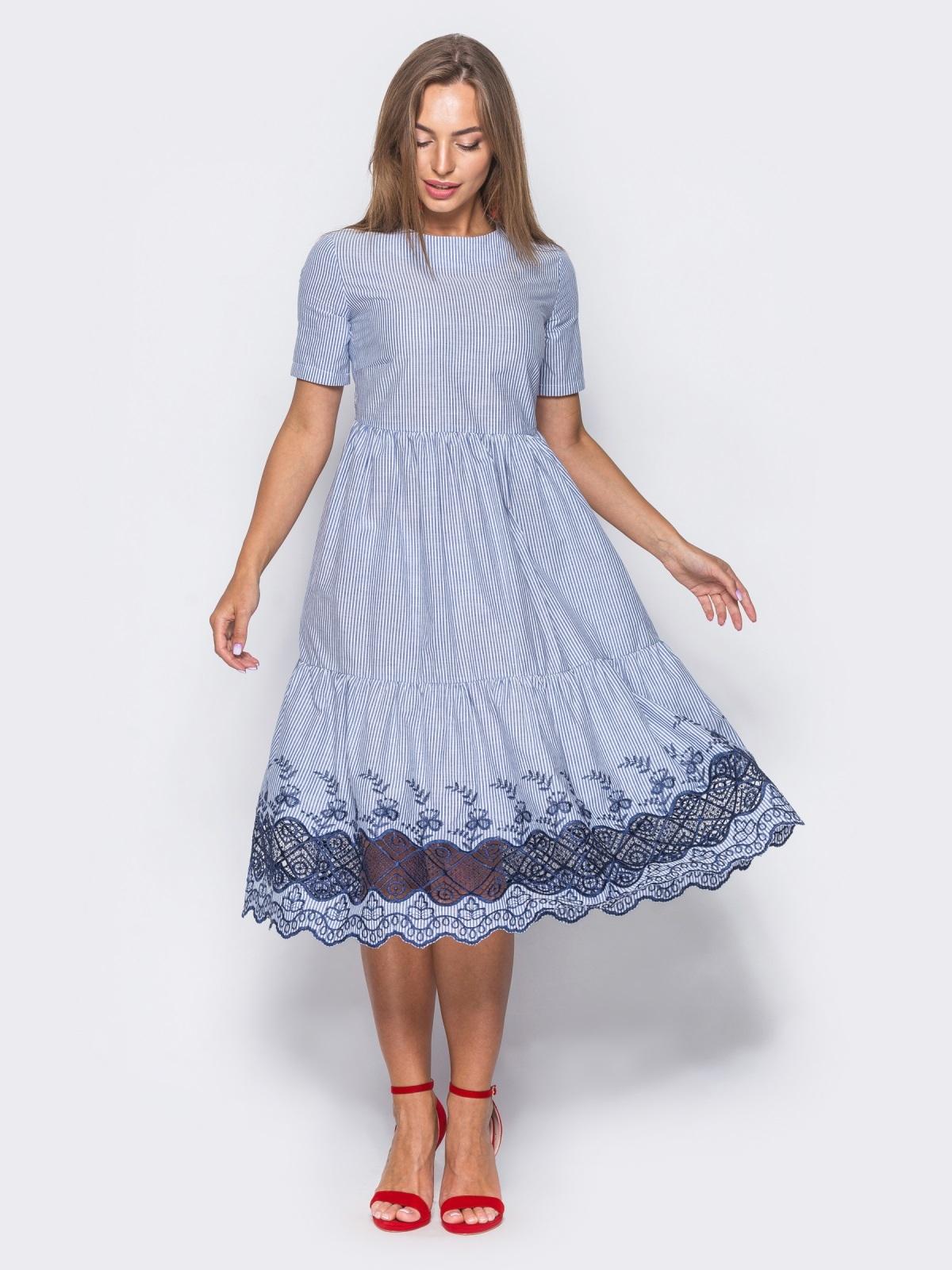 Многоярусное платье с синей прошвой по низу  - 11191, фото 2 – интернет-магазин Dressa