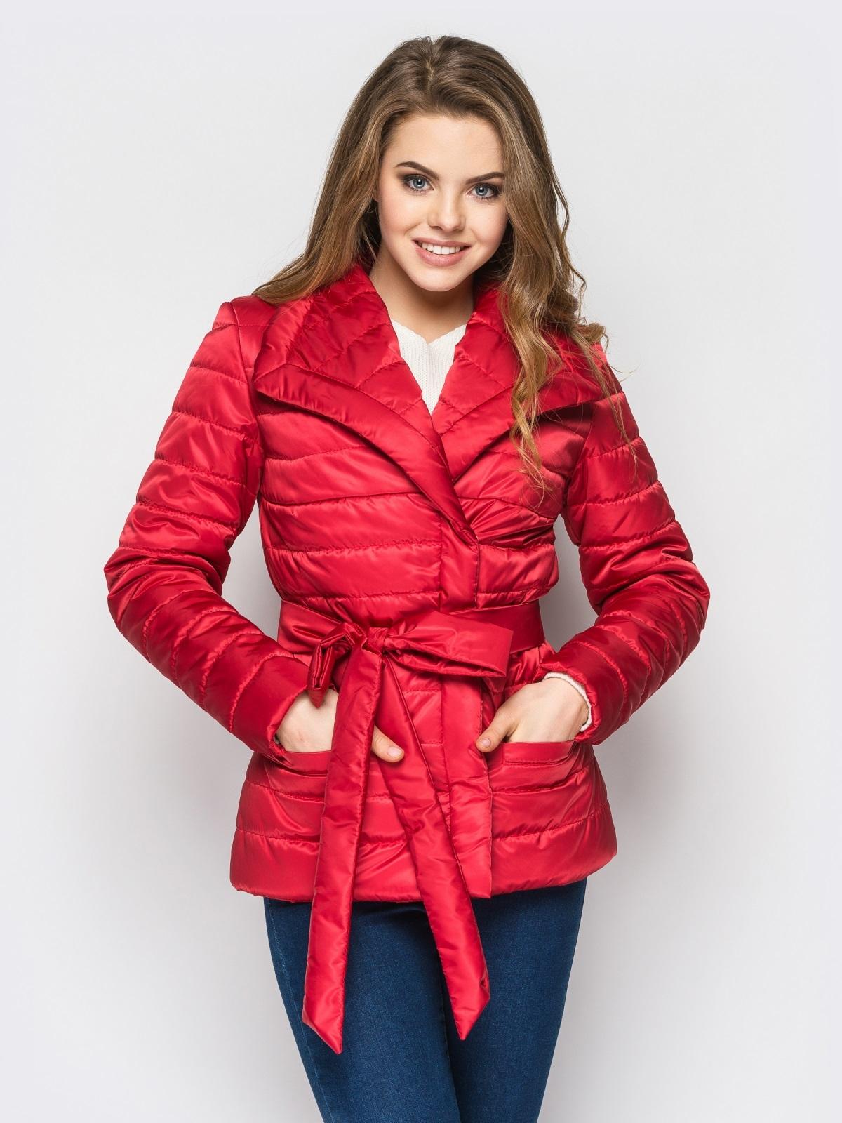 Красная куртка с потайными кнопками на полочке - 12944, фото 1 – интернет-магазин Dressa