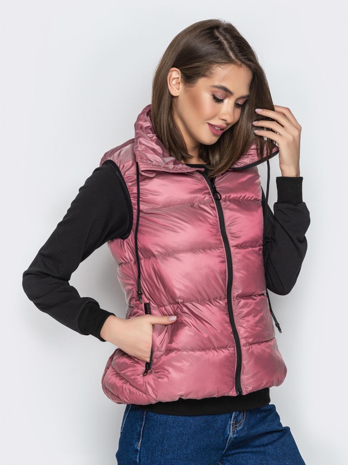 Розовый жилет с объёмным воротником и удлиненной спинкой - 20310, фото 1 – интернет-магазин Dressa