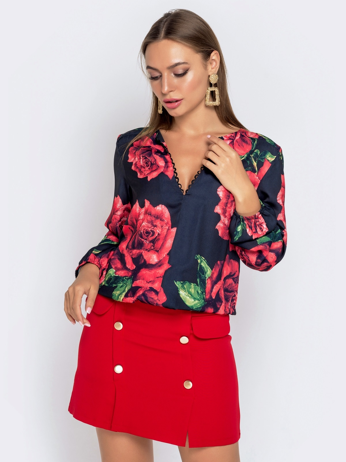 Чёрная блузка из атласного шифона с принтом и V-вырезом - 41021, фото 1 – интернет-магазин Dressa