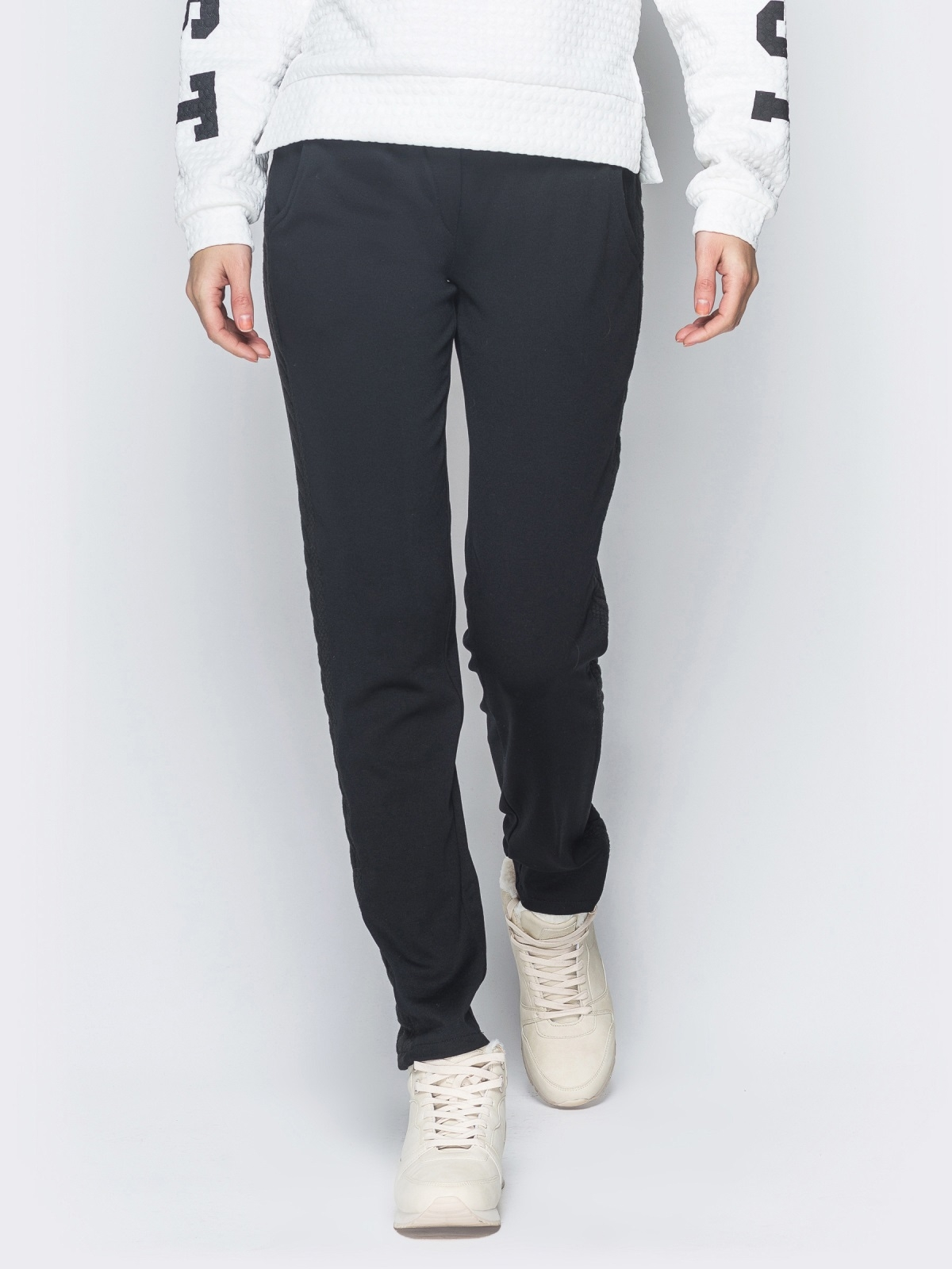 Брюки чёрного цвета с карманами по бокам 42970, фото 1