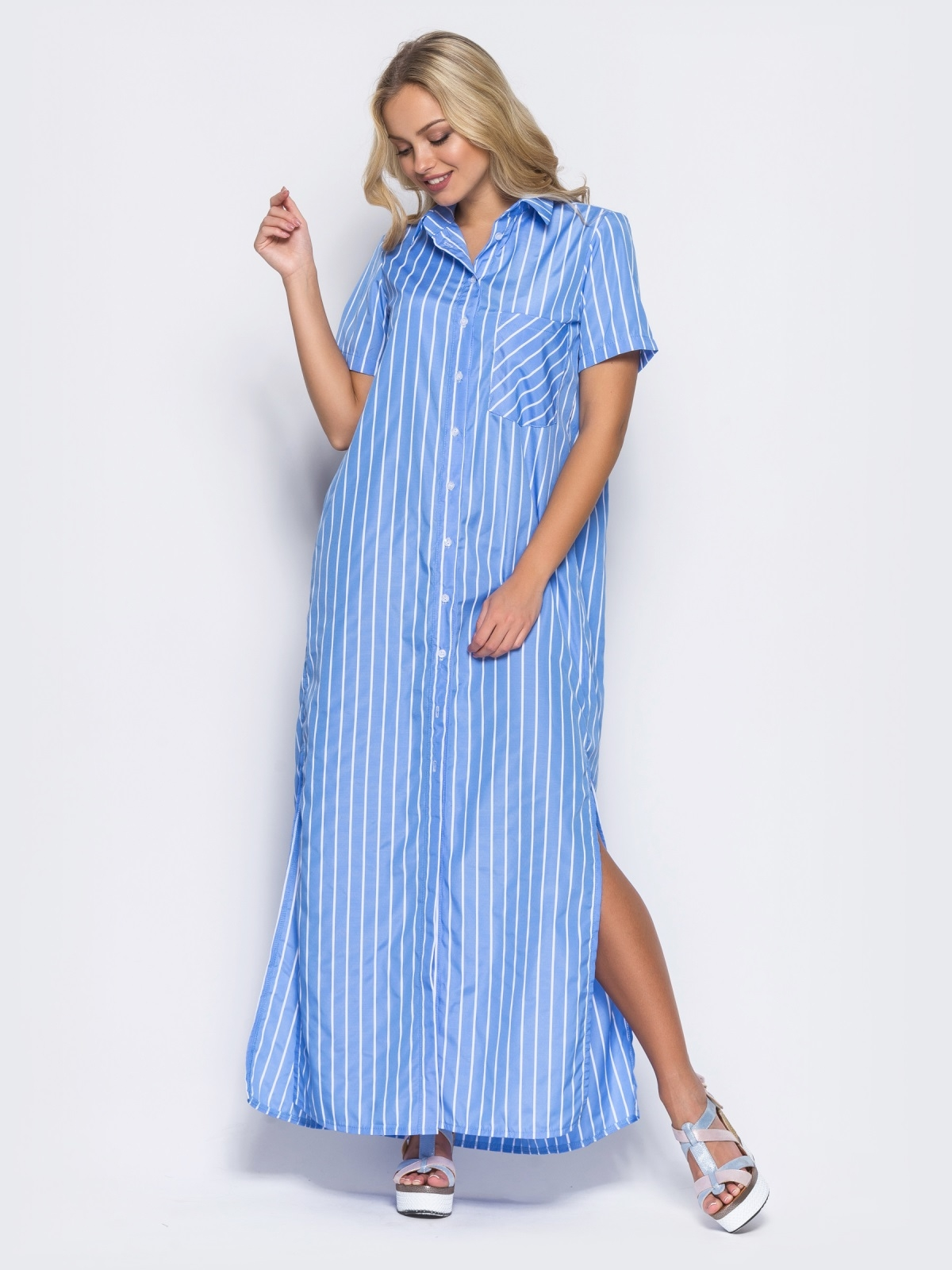 Платье-рубашка с функциональными пуговицами и карманом голубое - 11324, фото 2 – интернет-магазин Dressa