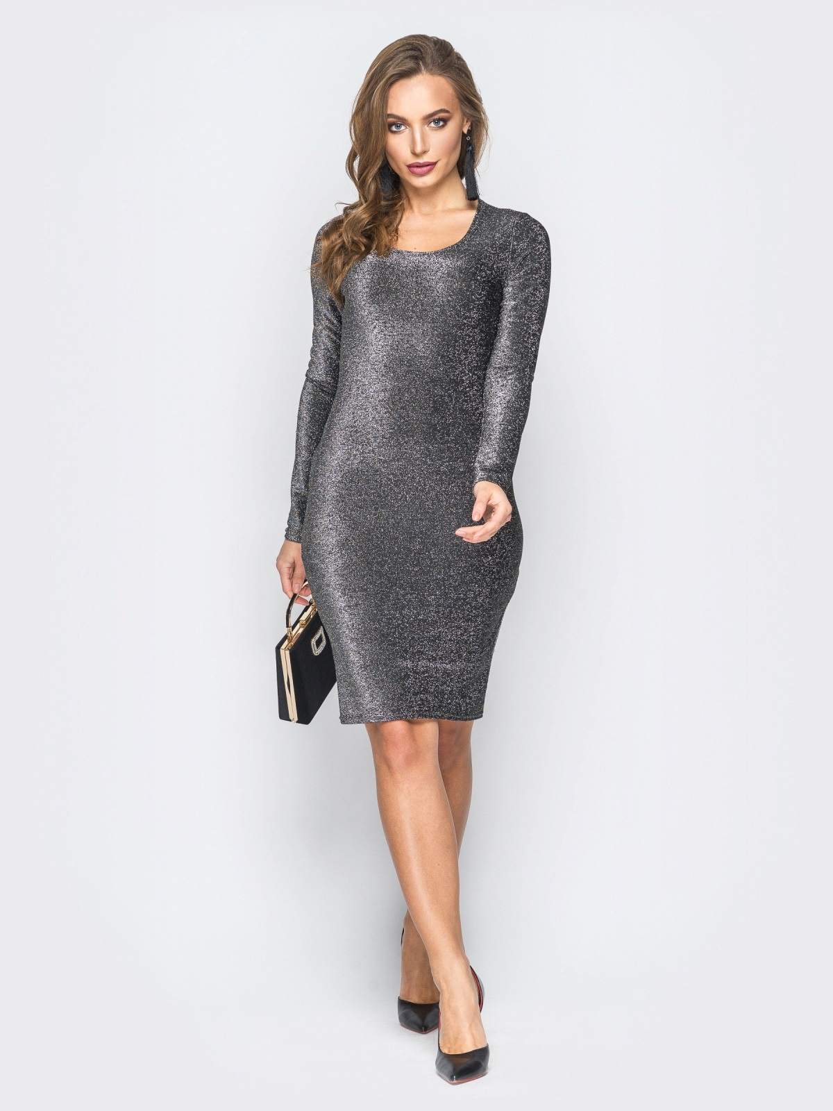 Трикотажное платье с нитью люрекса серое - 18331, фото 1 – интернет-магазин Dressa