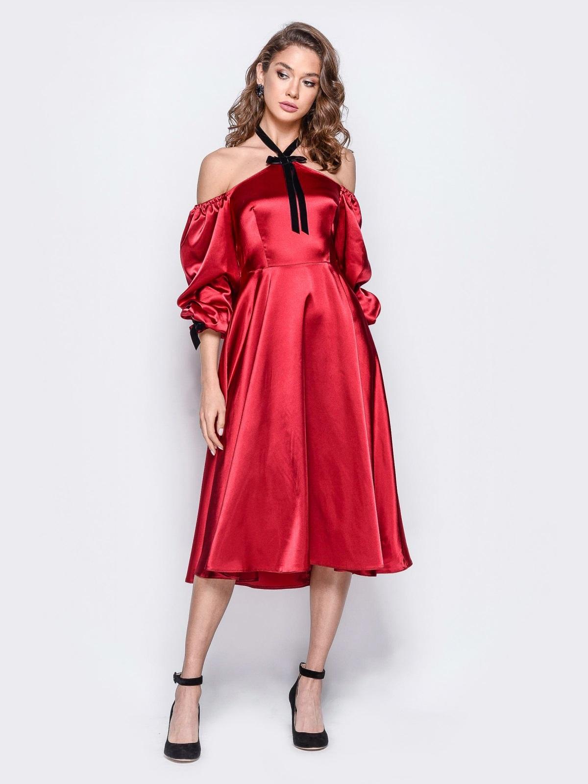 Атласное платье красного цвета с открытыми плечами - 18108, фото 1 – интернет-магазин Dressa