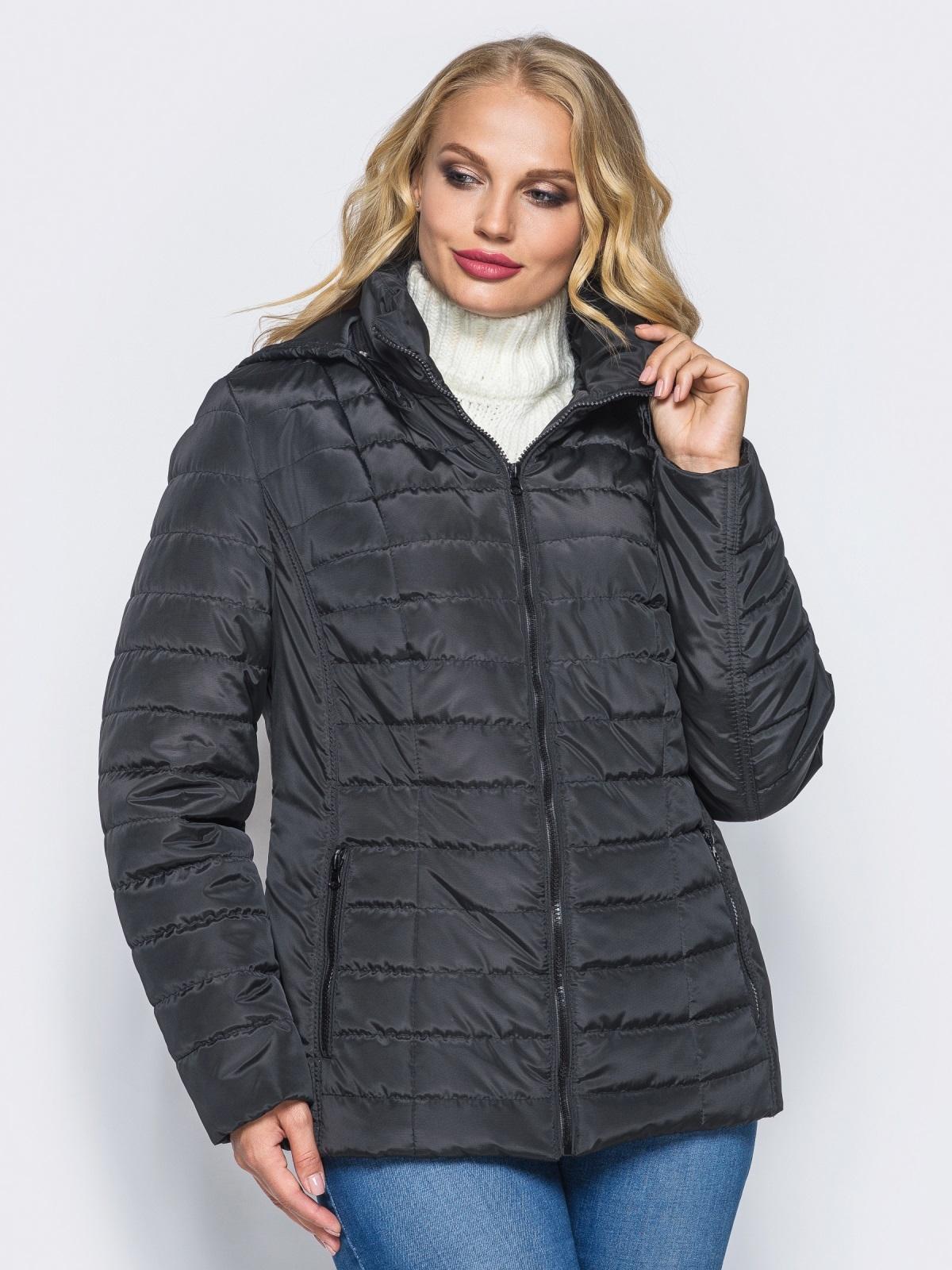 Черная демисезонная куртка батал с съемным капюшоном - 14711, фото 1 – интернет-магазин Dressa