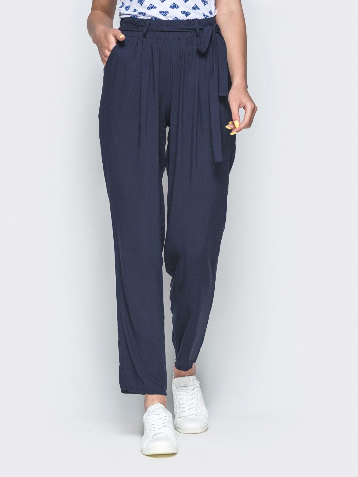 5798fcfb Темно-синие брюки-бананы с завышенной талией - 38378, фото 1 – интернет
