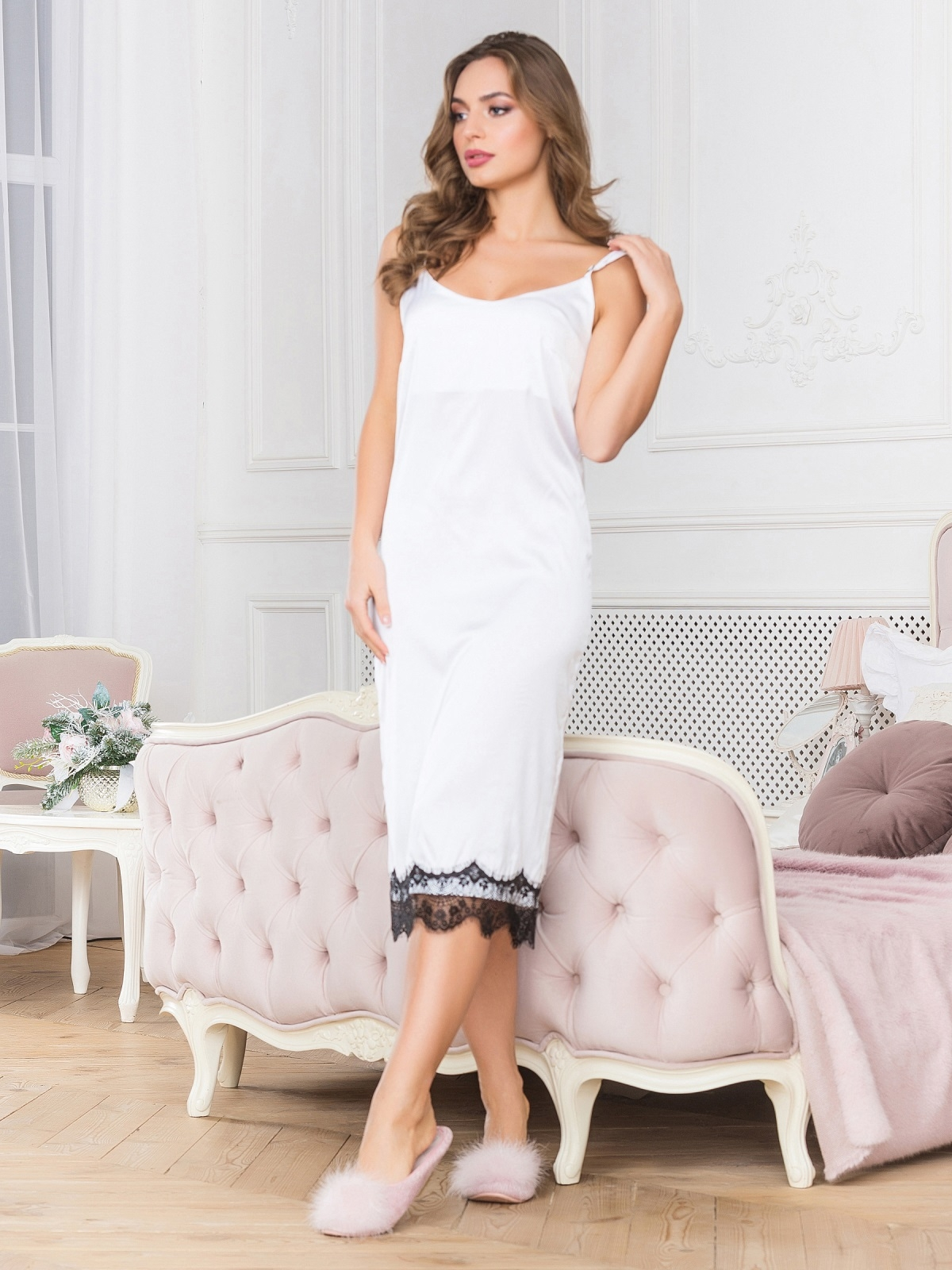 Шелковая ночная рубашка белого цвета - 18984, фото 1 – интернет-магазин Dressa