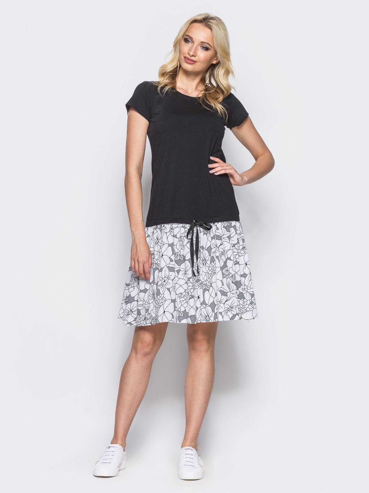 Чёрное платье-трапеция с оборкой из коттона и поясом-кулиской - 11137, фото 1 – интернет-магазин Dressa