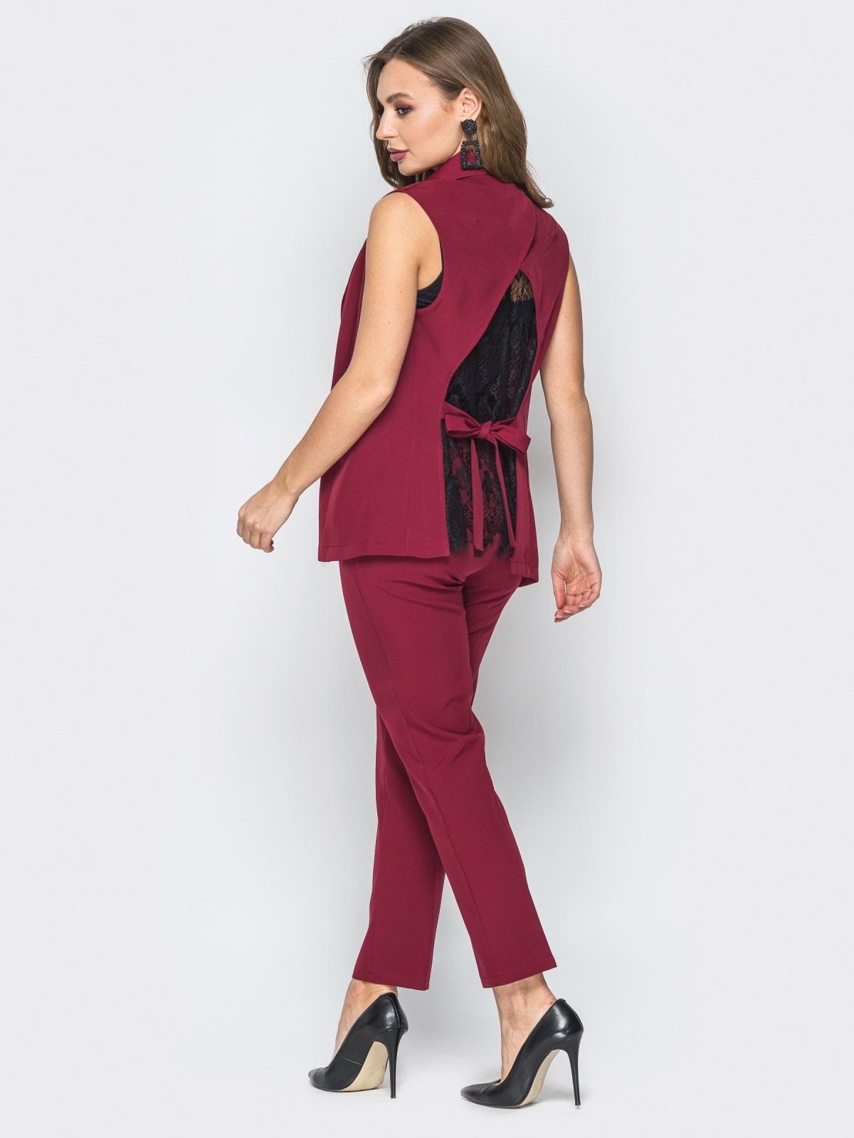 Бордовый комплект из жилета с гипюровой спинкой и брюк - 19612, фото 1 – интернет-магазин Dressa