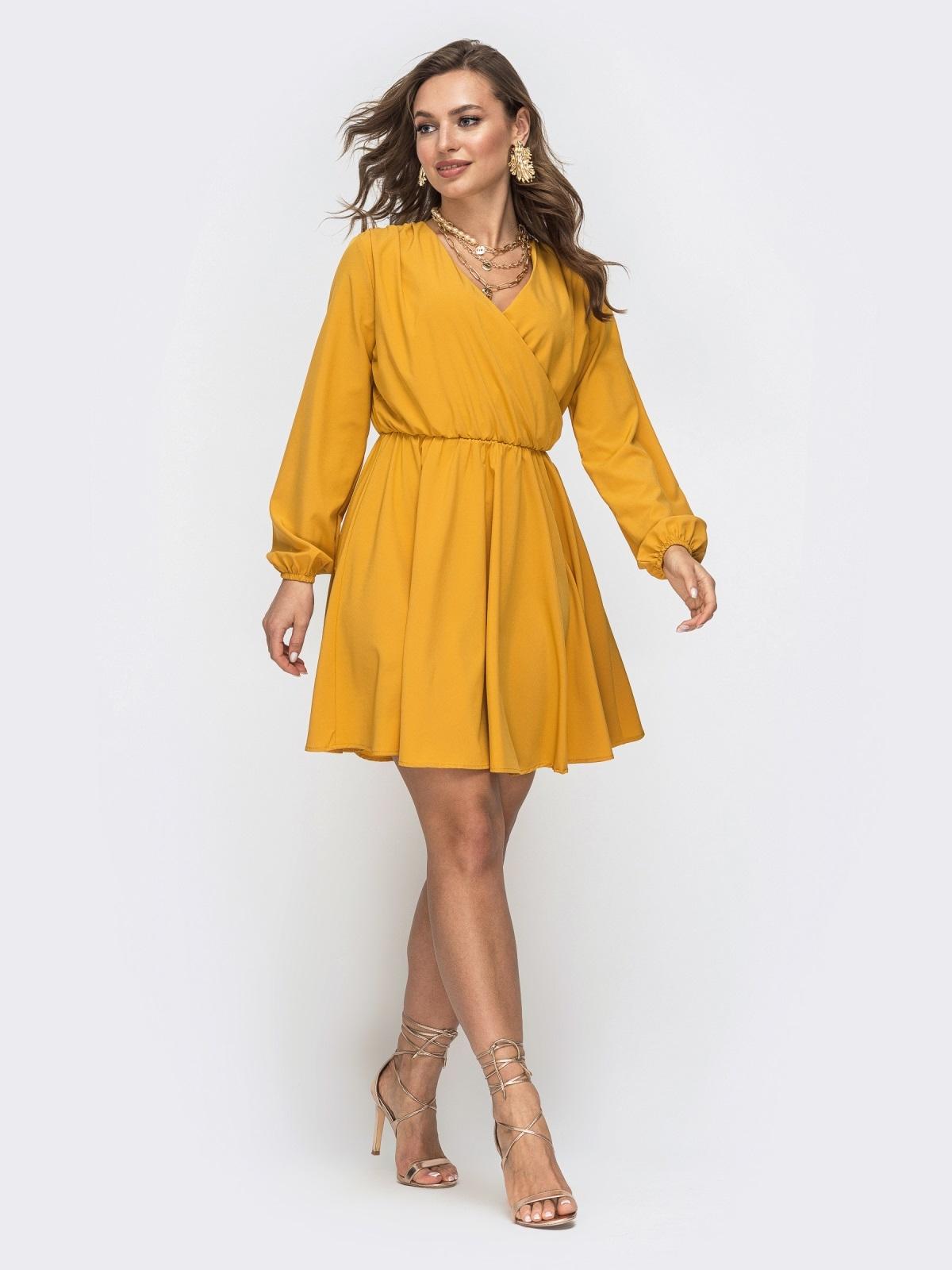 Желтое платье с расклешенной юбкой и резинкой по талии 45660, фото 1