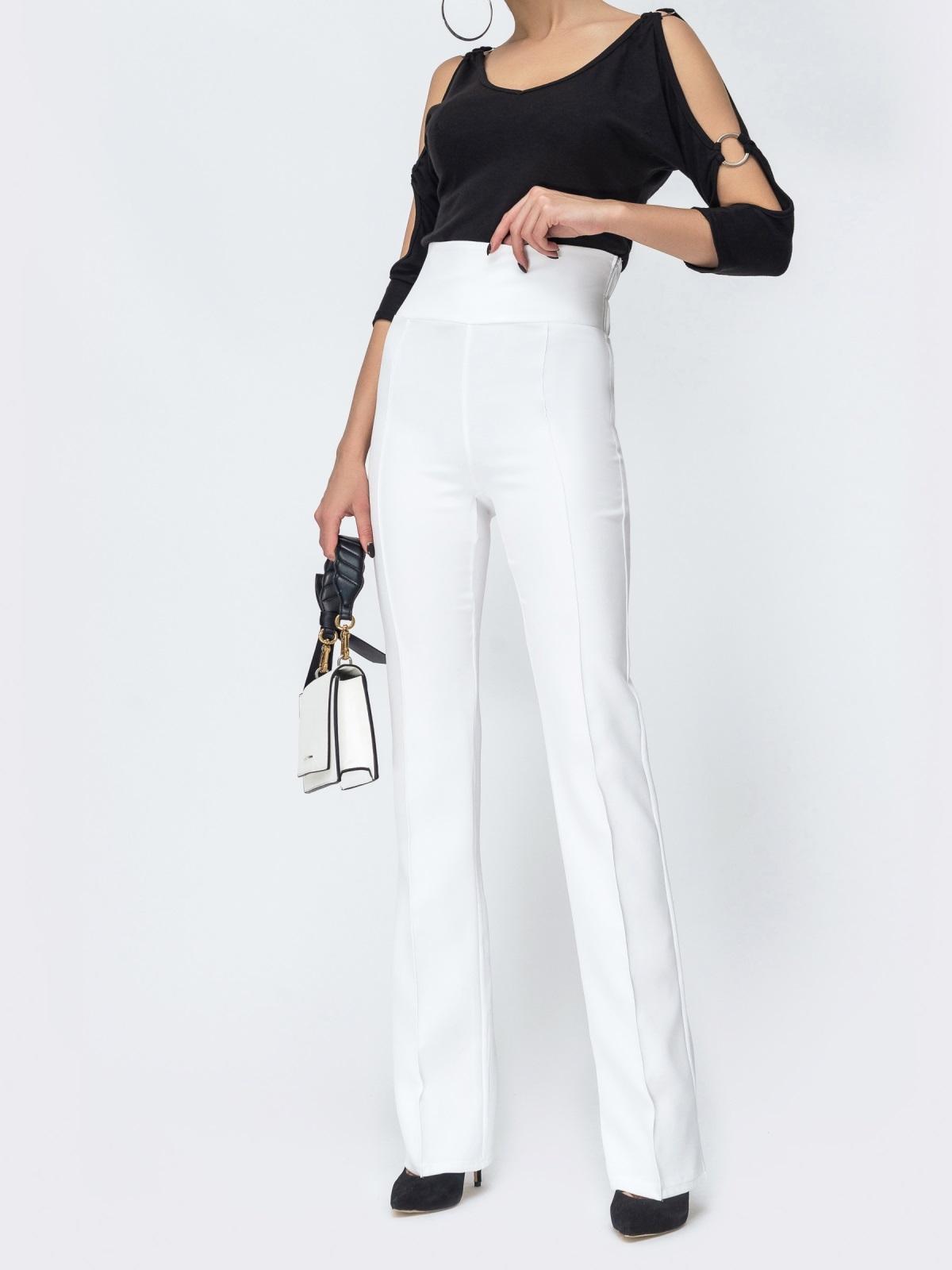 Белые брюки-клёш с высокой посадкой - 44074, фото 1 – интернет-магазин Dressa