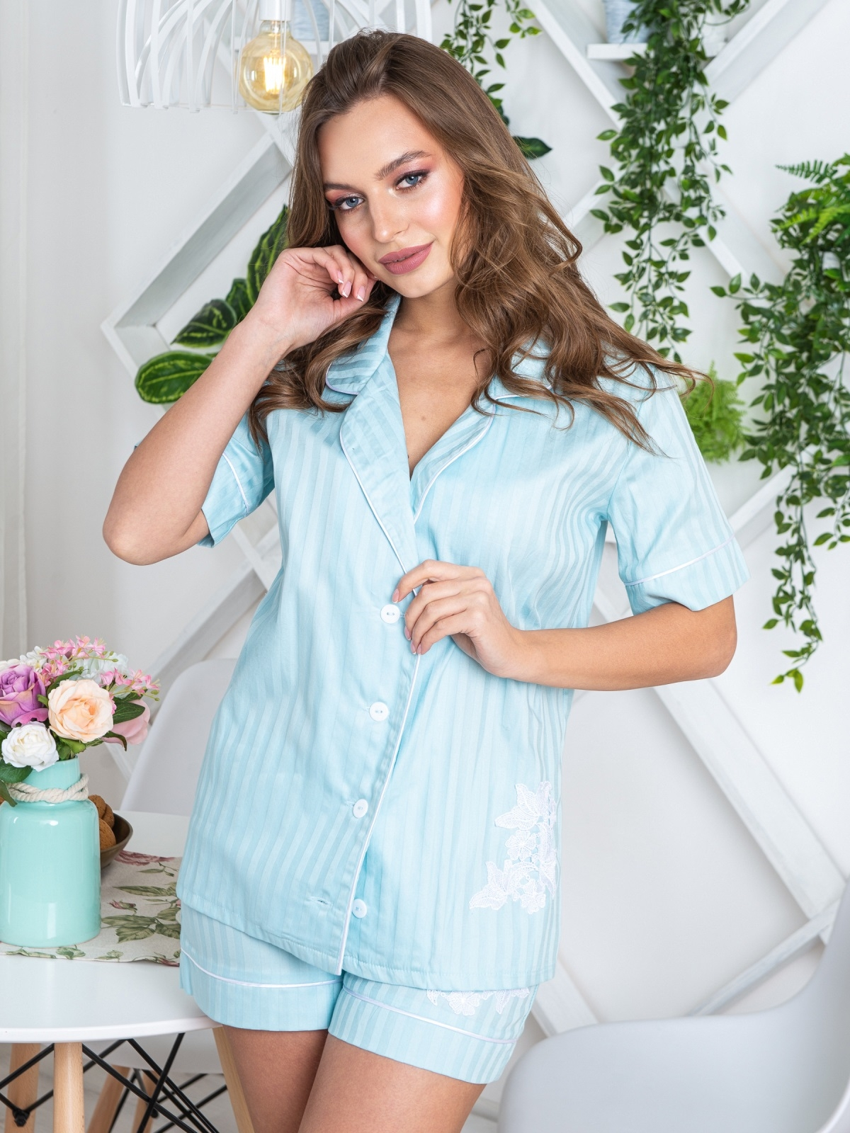 Голубая пижама с нашивкой на топе и шортах - 20450, фото 1 – интернет-магазин Dressa