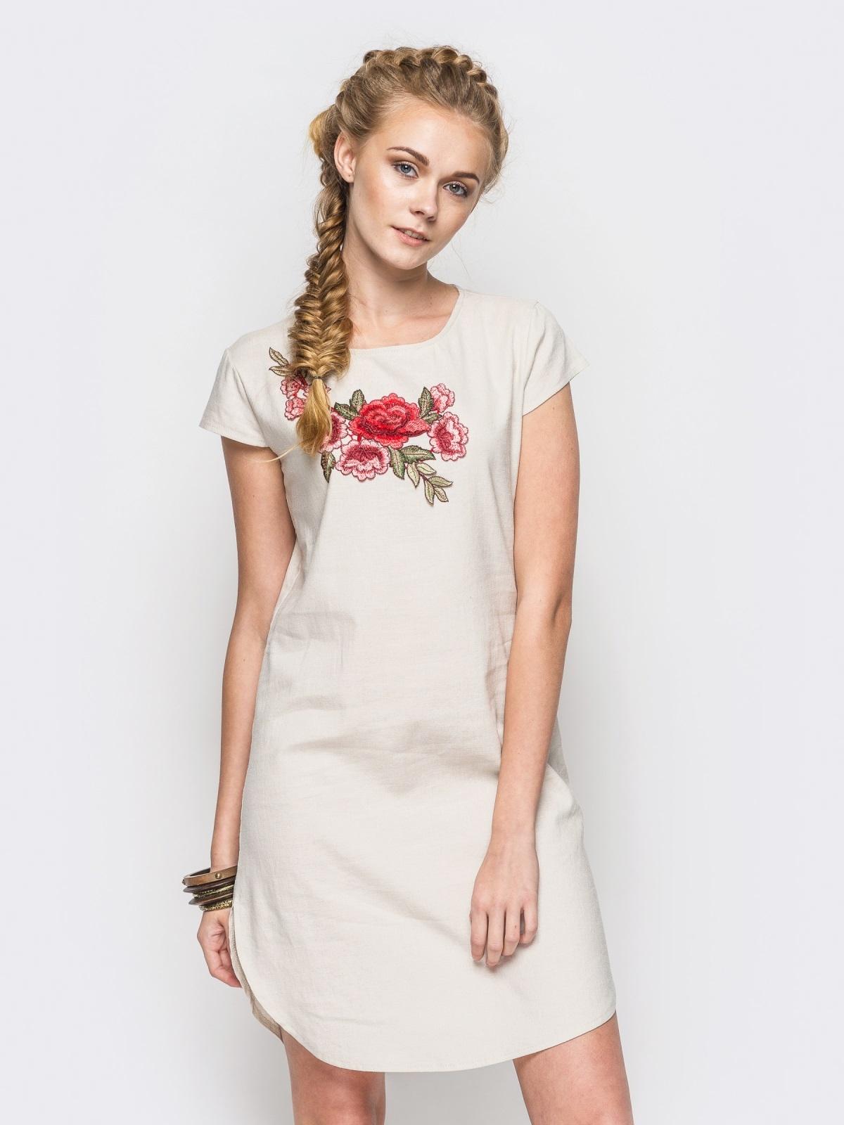 Бежевое платье из натуральной ткани с оригинальной вышивкой - 12522, фото 1 – интернет-магазин Dressa