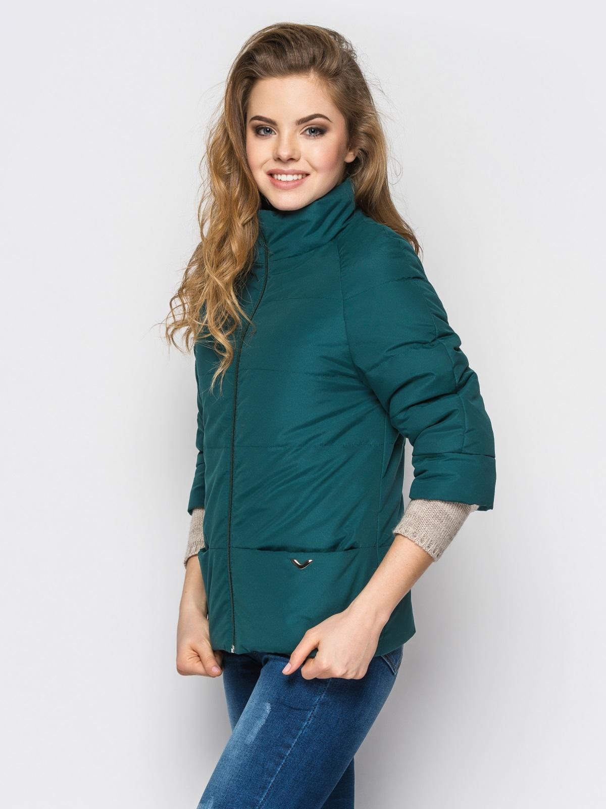 Зелёная куртка на силиконе с рукавом 3/4 - 12953, фото 1 – интернет-магазин Dressa