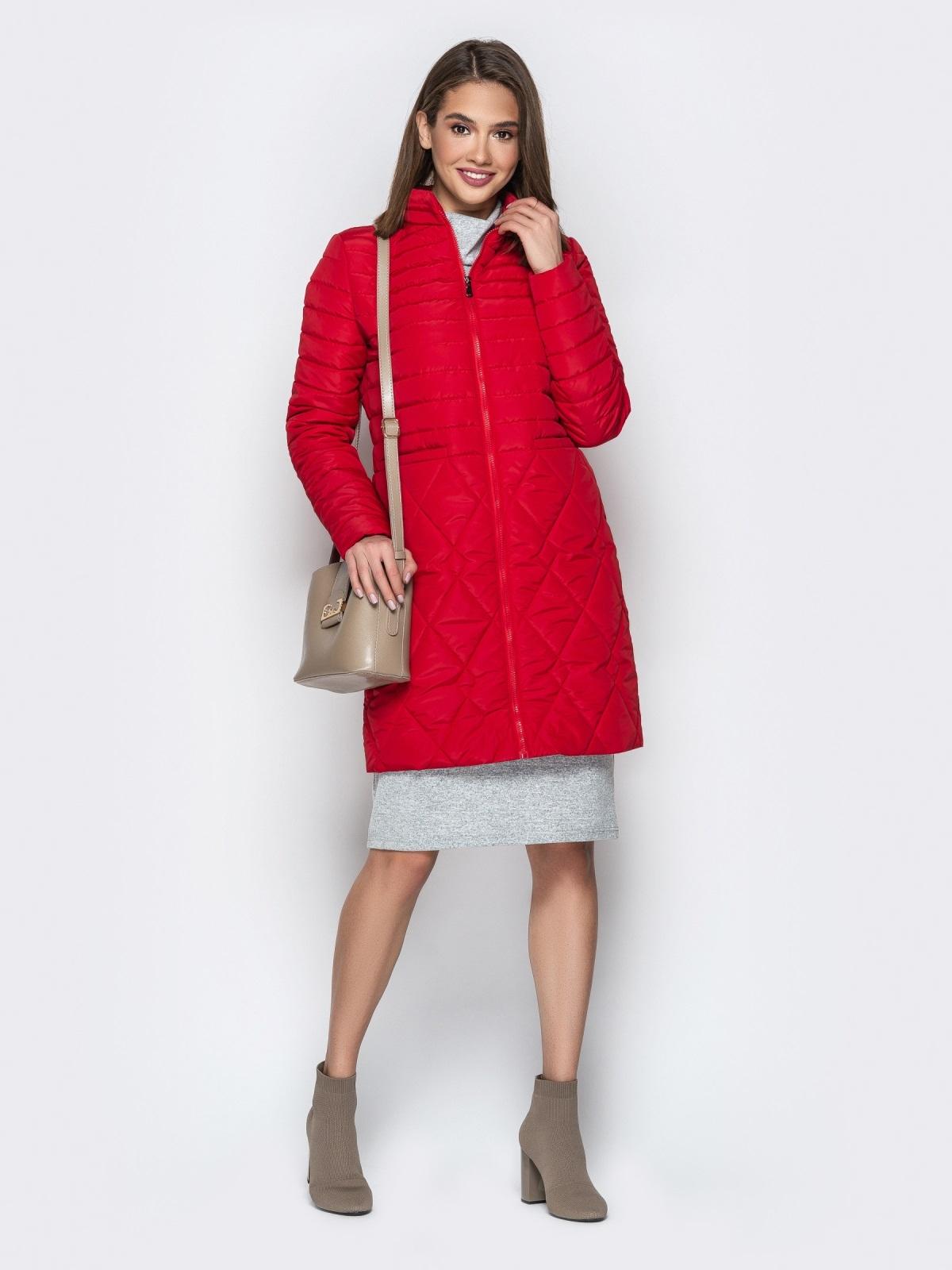 Красная куртка с комбинированной отстрочкой и карманами - 20324, фото 1 – интернет-магазин Dressa