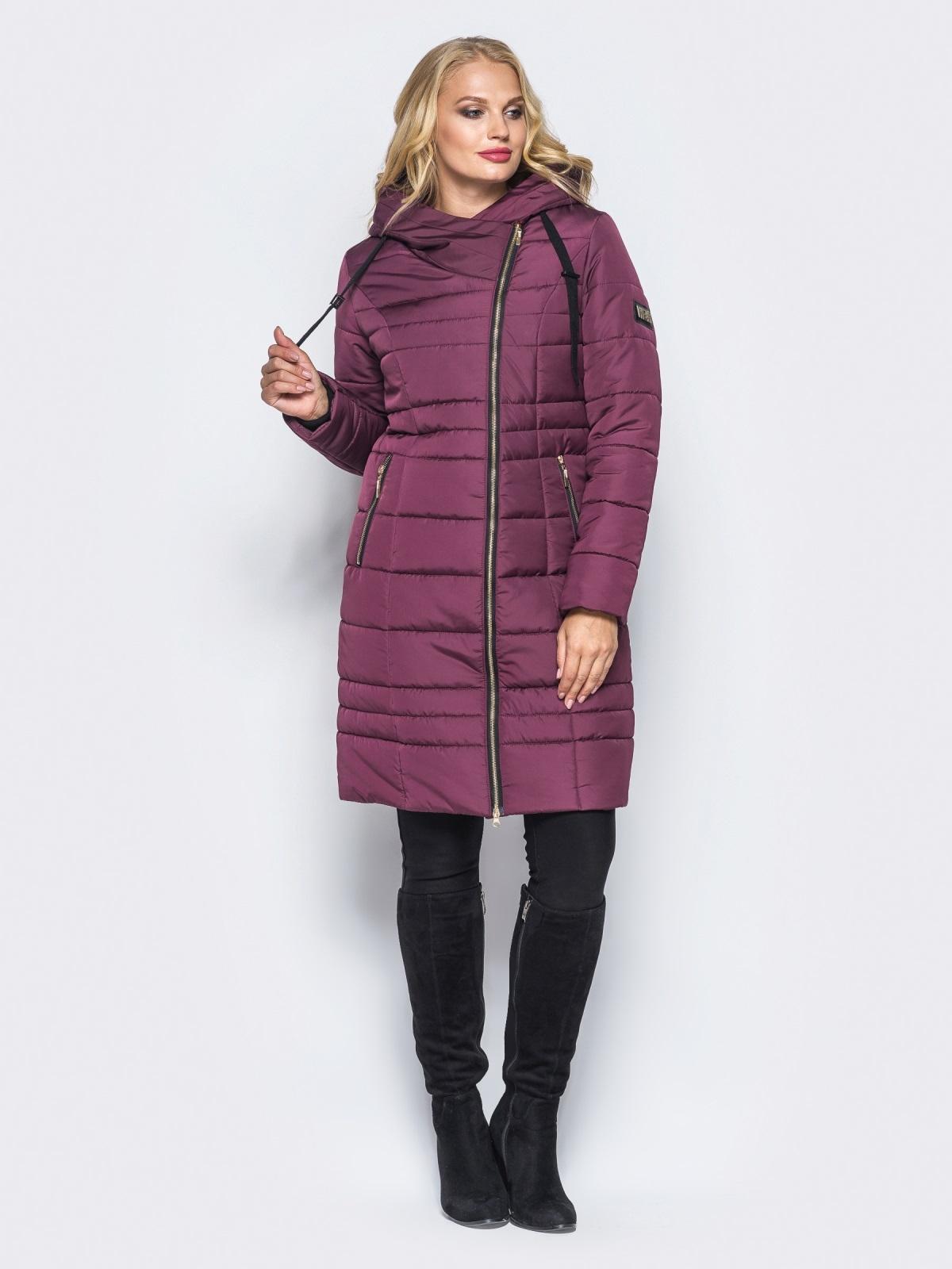 Зимняя удлиненная куртка с вшитым капюшоном бордовая - 16701, фото 1 – интернет-магазин Dressa