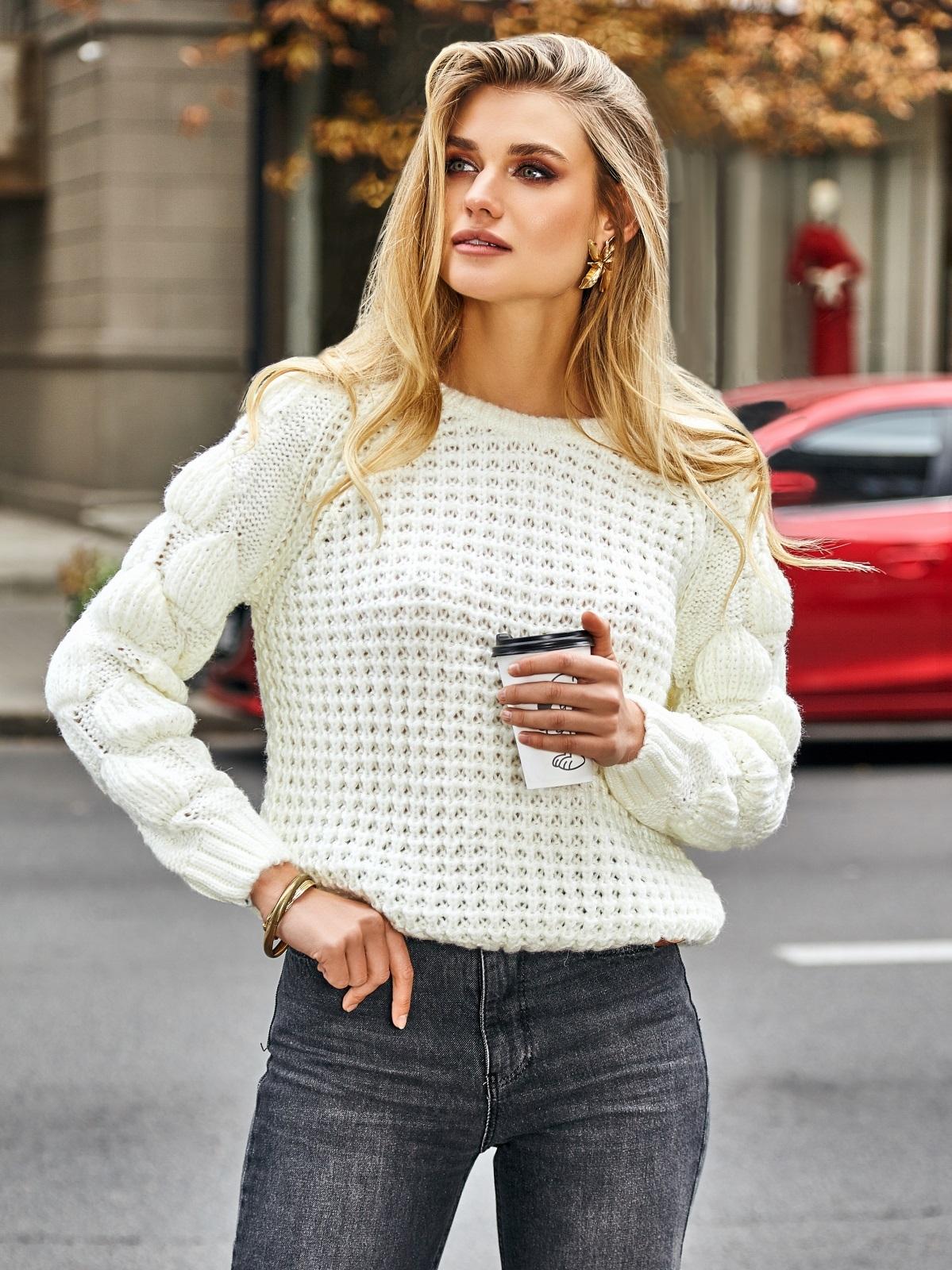 Свитер с ажурной вязкой и рукавом-реглан белый - 41964, фото 1 – интернет-магазин Dressa
