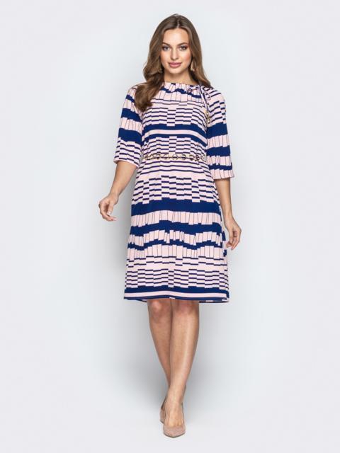 Розовое платье с геометрическим принтом и кулиской по горловине - 20769, фото 1 – интернет-магазин Dressa