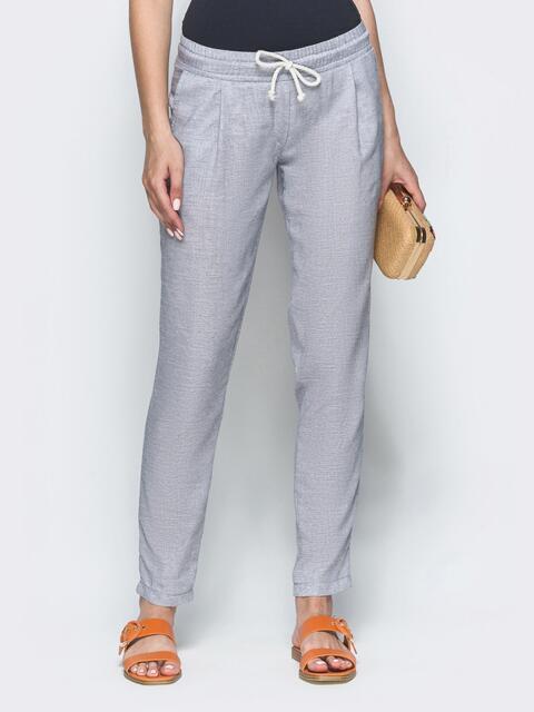 Серые брюки из льна с резинкой по талии - 39401, фото 1 – интернет-магазин Dressa