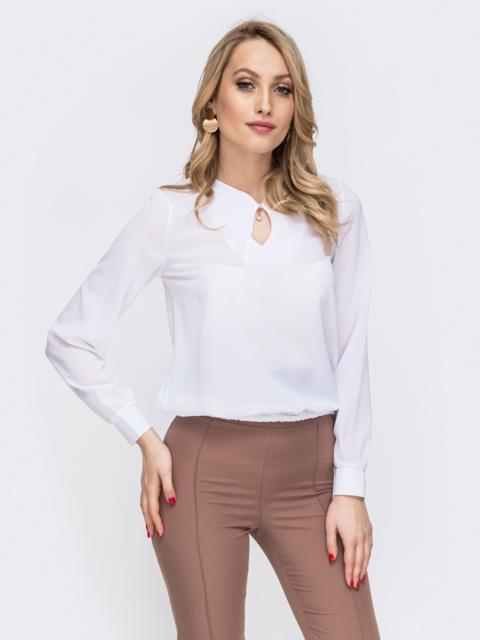 Блузка свободного силуэта с резинкой по низу белая - 45581, фото 1 – интернет-магазин Dressa