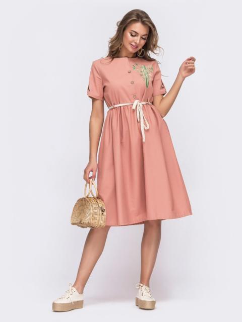 Льняное платье с вышивкой по полочке коралловое 49705, фото 1