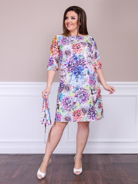Приталенное платье батал с цветочным принтом фиолетовое - 47613, фото 1 – интернет-магазин Dressa