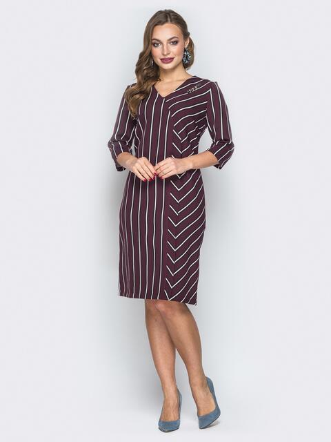 Бордовое платье в белую полоску с V-вырезом - 19547, фото 1 – интернет-магазин Dressa