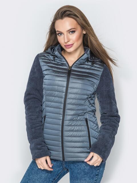 Серая куртка с капюшоном на кулиске и велюровыми рукавами - 20284, фото 1 – интернет-магазин Dressa
